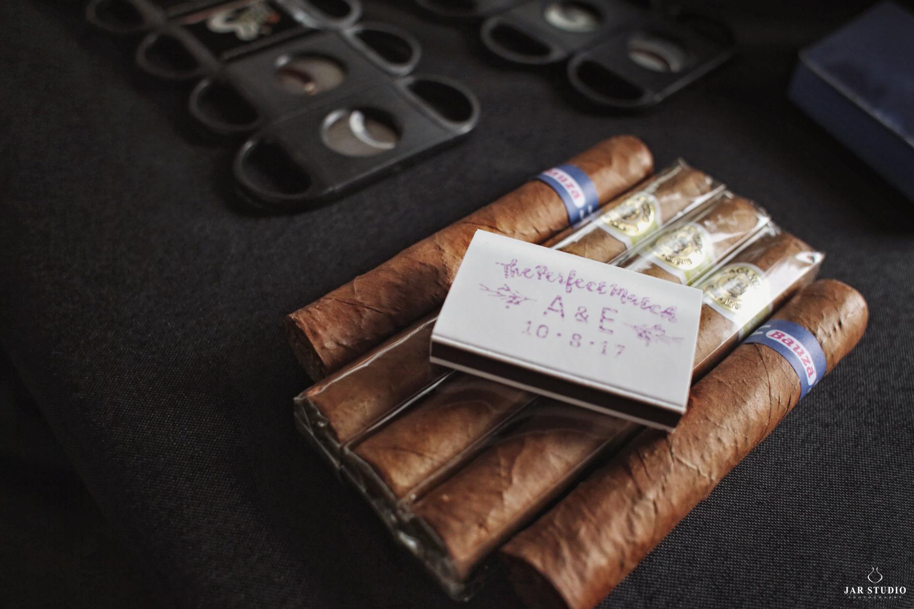 jarstudio-wedding-cigar-gift-ideas-photographer-635.JPG