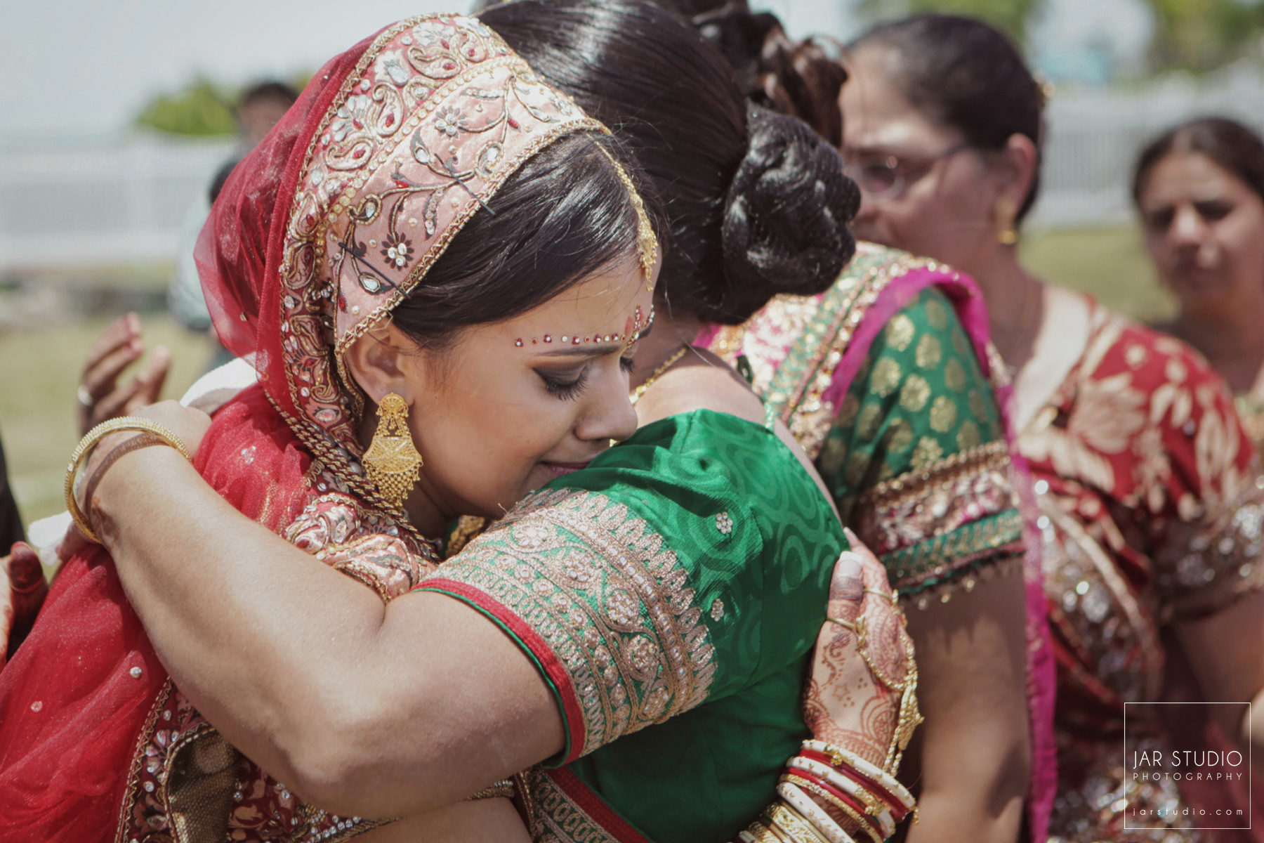 44-indian-bride-mom-wedding-jarstudio-photography-florida.JPG