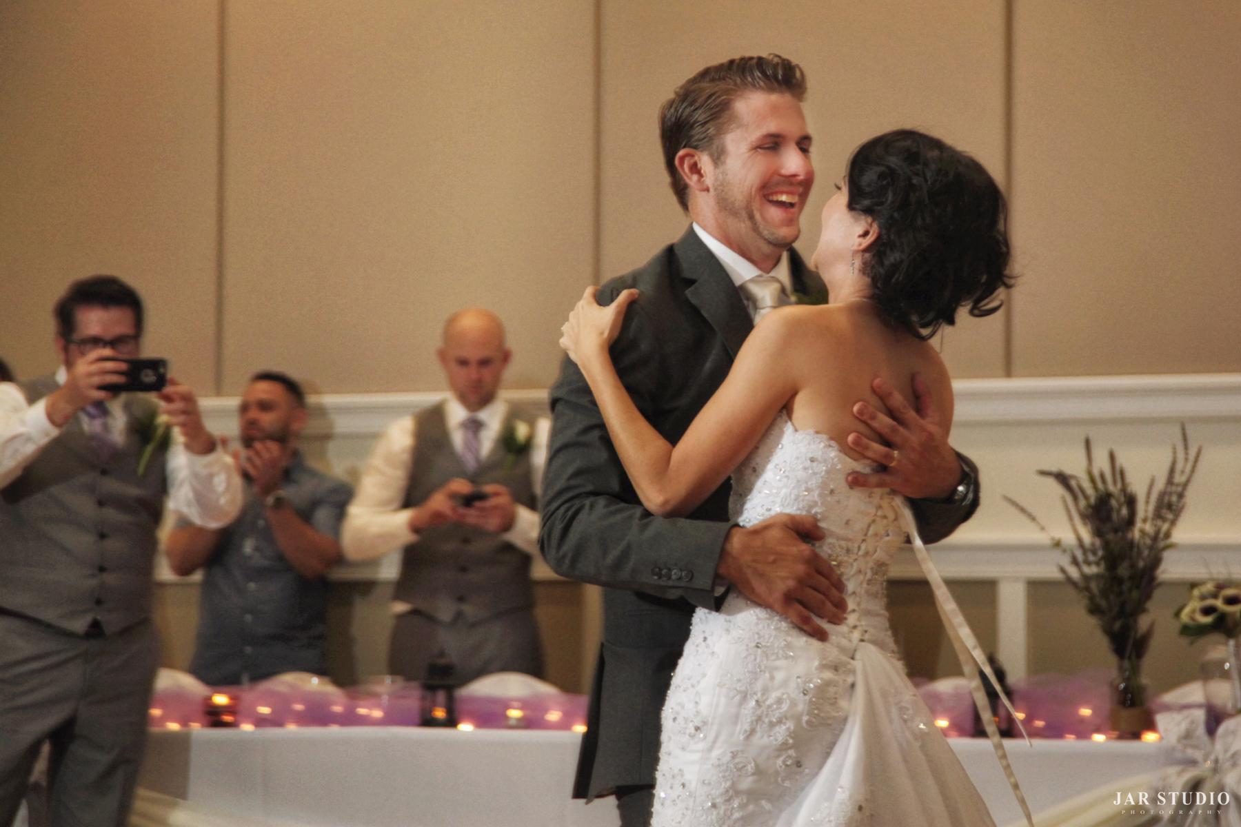 z-Lakeshore-Center-wedding-photographer-jarstudio (3).JPG