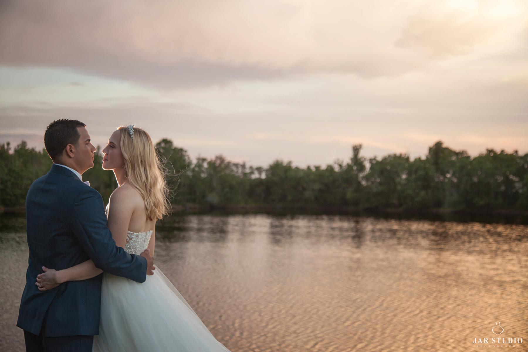 beautiful-outdoor-wedding-orlando-florida-photographer