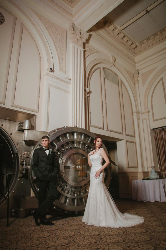 26-Treasury-onthe-plaza-SaintAugustine-wedding-photographer-jarstudio.JPG