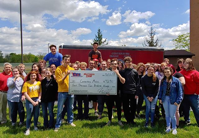 Beautiful day for a big check!!! Centerburg earns $4290 in year two of the Mattress Fundraiser! #mattressfundraiser #cfs #cfscolumbus #centerburg #musicboosters #mattress #fundraiser #sleep #schools