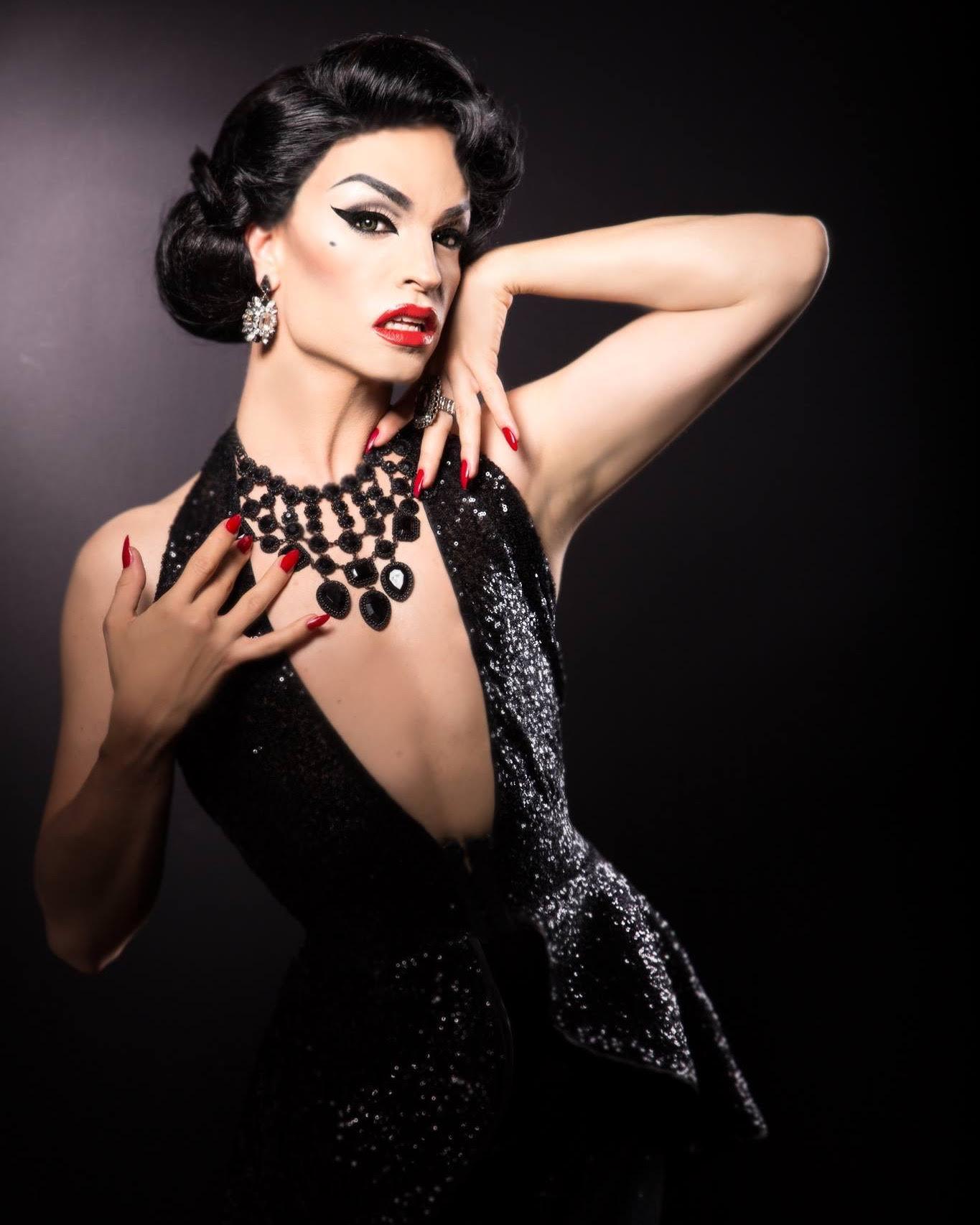 Photography: Simon Dorner  Hair: Edu von Gomes  Makeup & Styling: Tamara Mascara