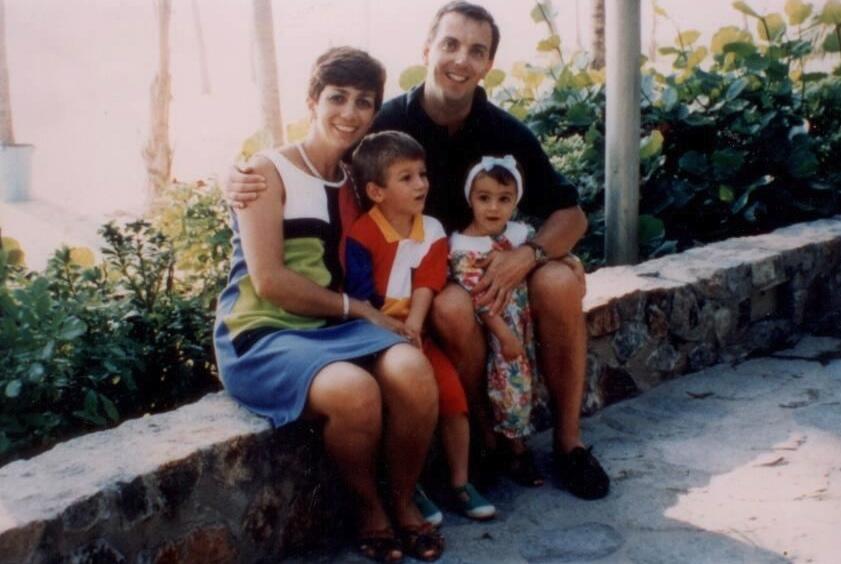 Agnes and family in Cuernavaca.