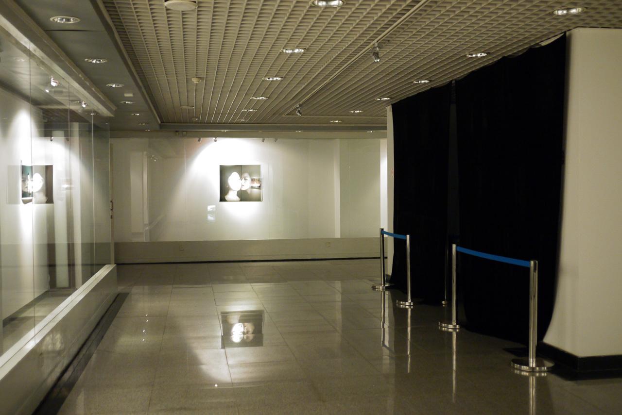 Ehibition-exhibiting room s.jpg