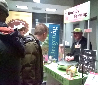 OHH founder, kuldip vaid, serving at the Food innovation center