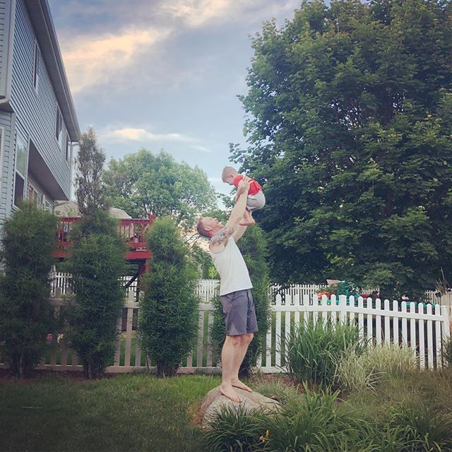 Everything the light touches....🦁. . . #lionking #simba #borrowingkids #reinactment #killedit #friends #grillingseason #outdoors @bethlyn89 @the_real_dhall @k2_pk