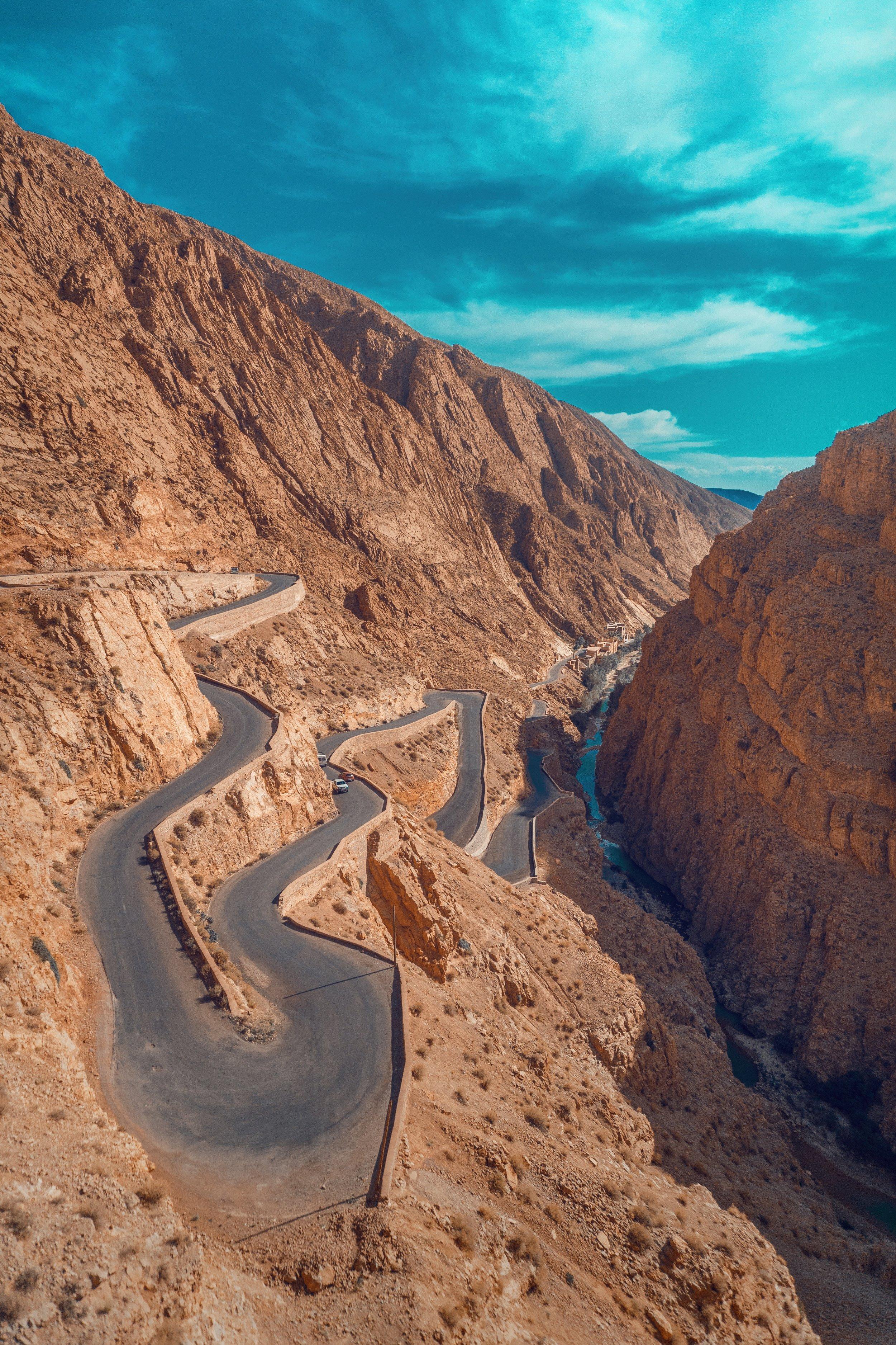 hassan-ouajbir-412010-unsplash.jpg