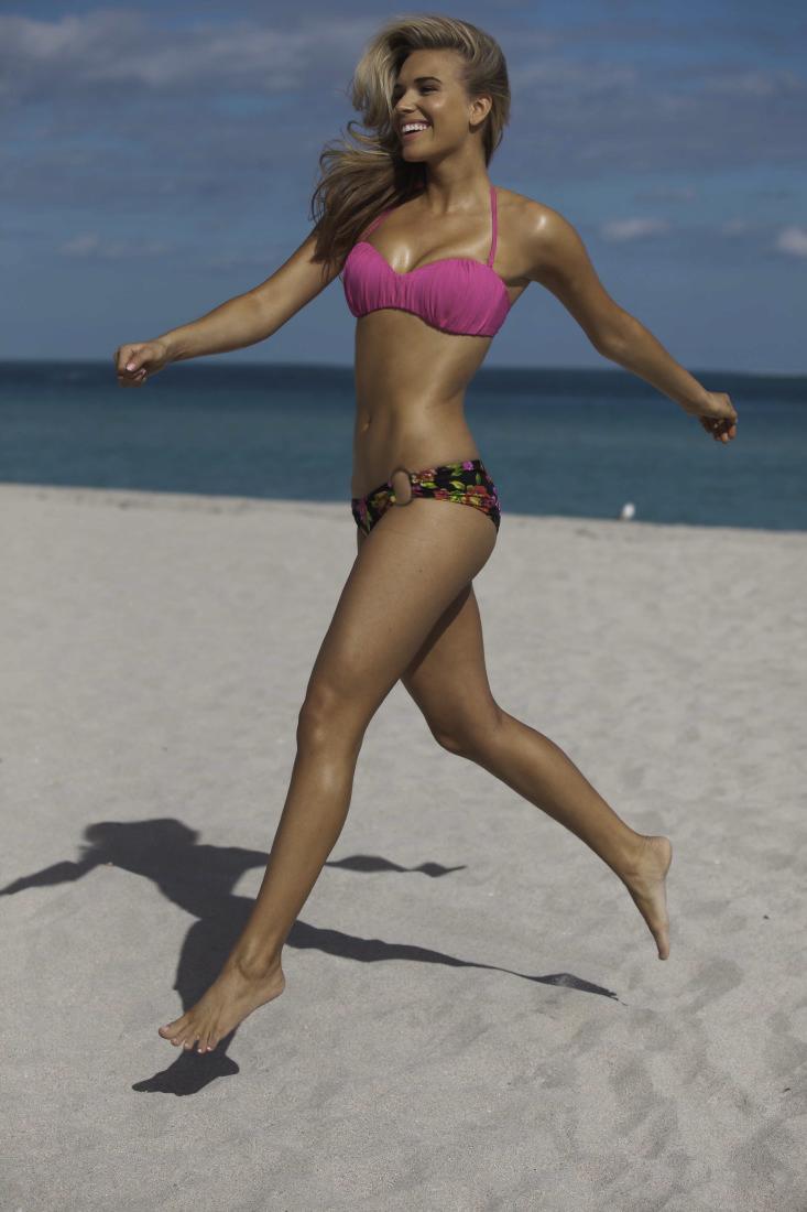 Paulina Pretty Instinct.jpg