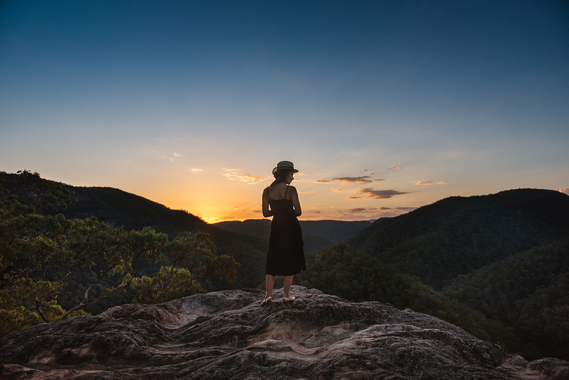 Vale of Avoca Lookout - A short drive to the end of the road from the cabin takes you to a stunning lookout with views of the Grose River and the Blue Mountains.