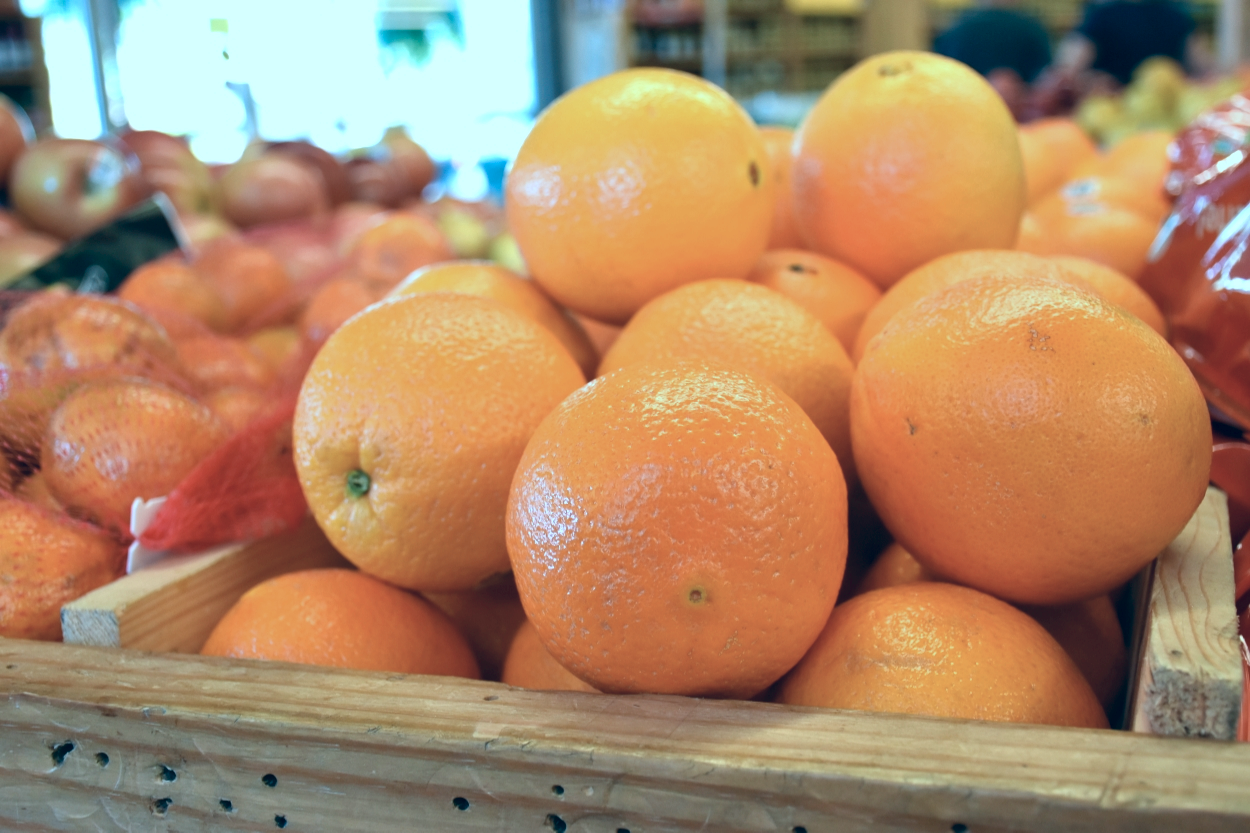 Seasonal Fruits Ripe for the Pickin'