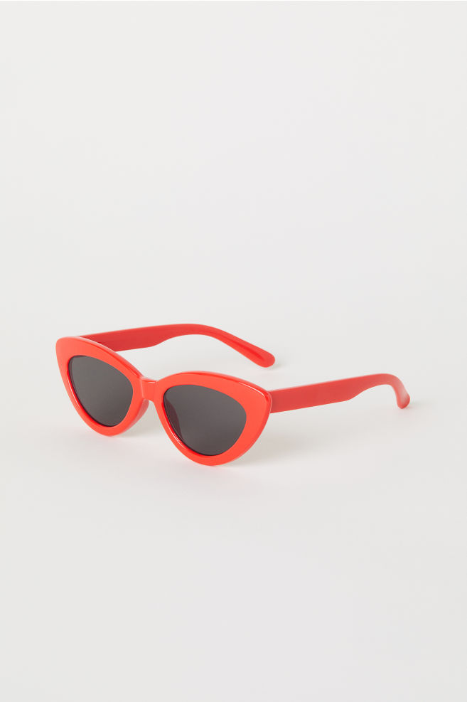 Classic Red Sunnies