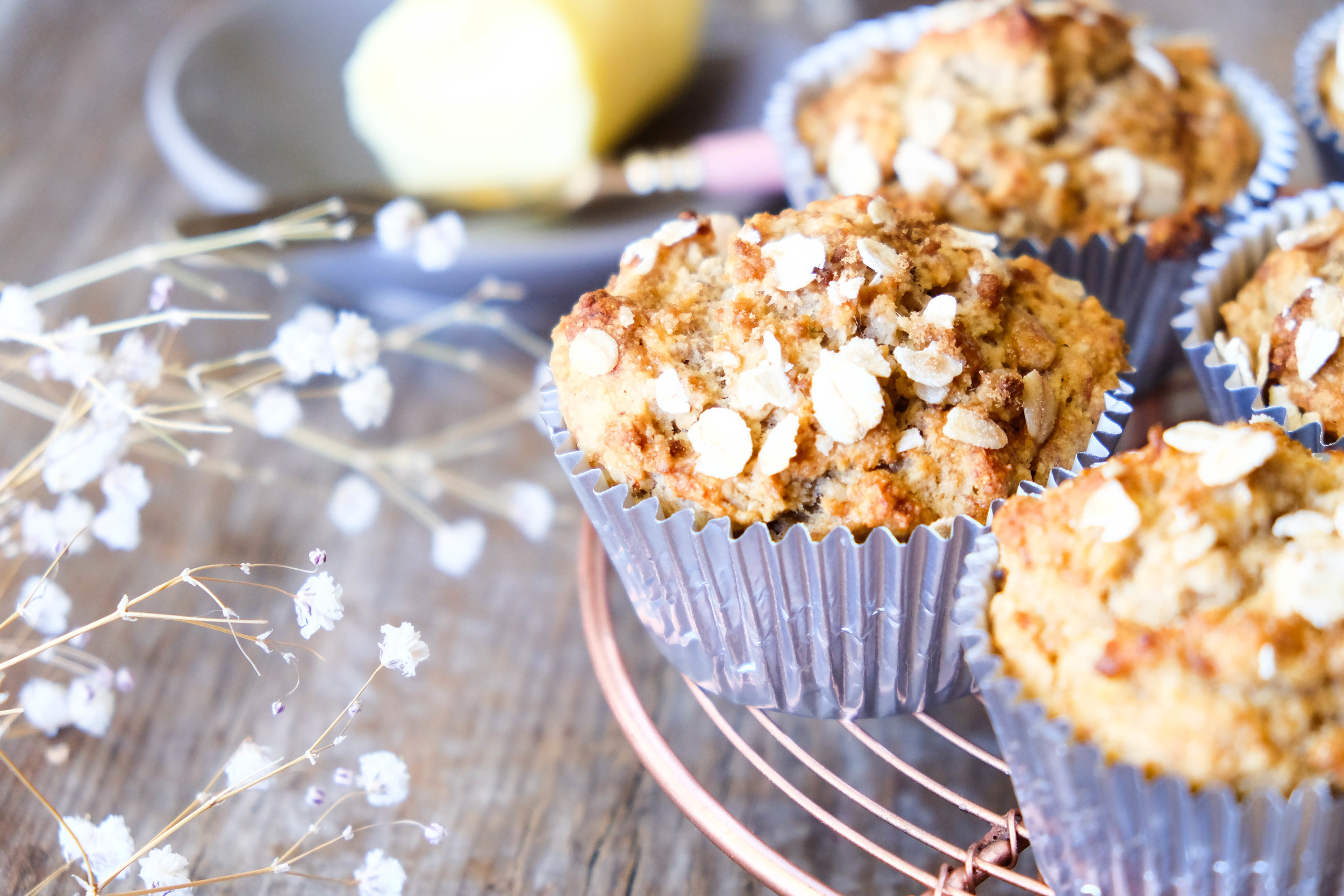 Healthy Banana and Oat Muffins