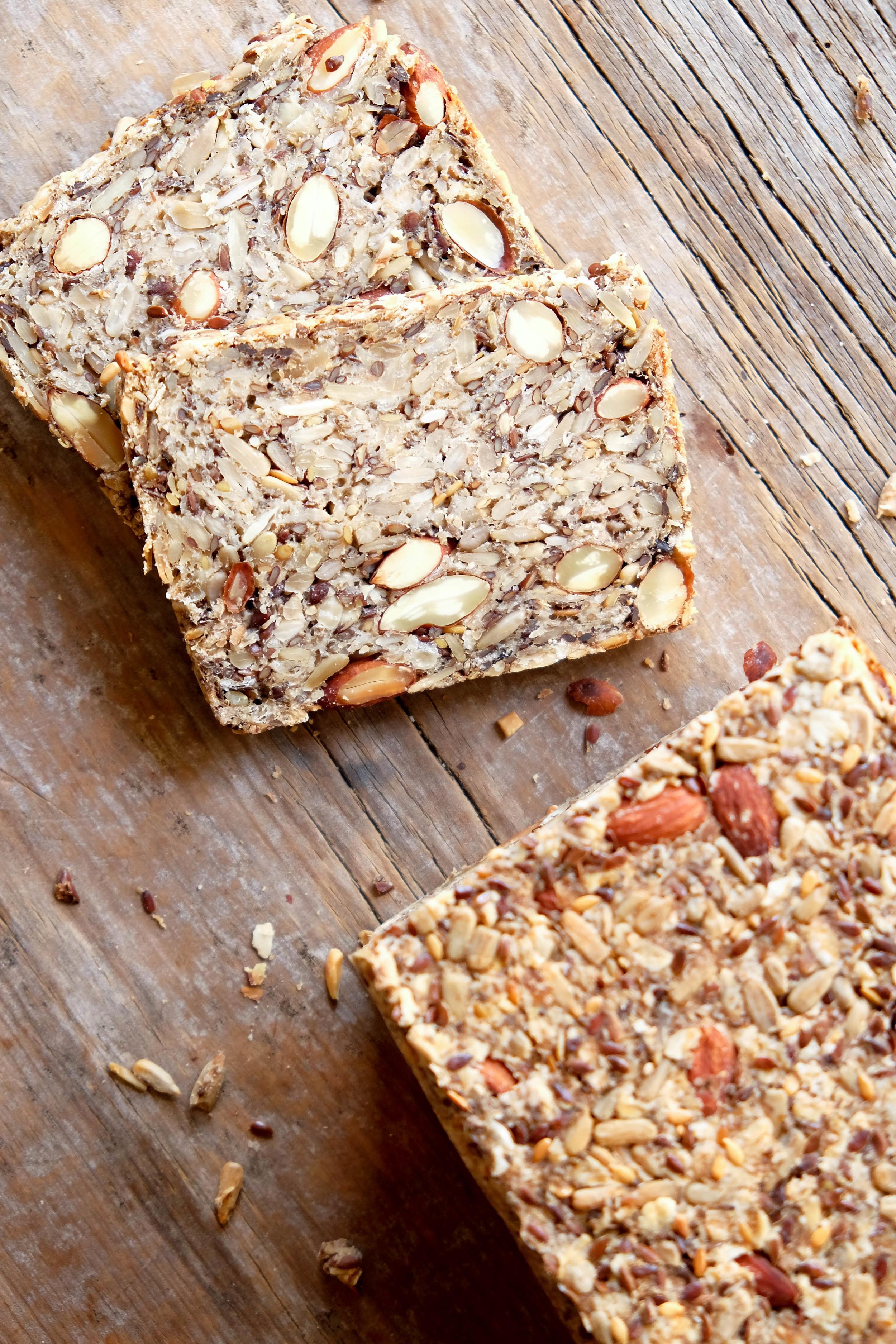 Healthy hi-fibre loaf