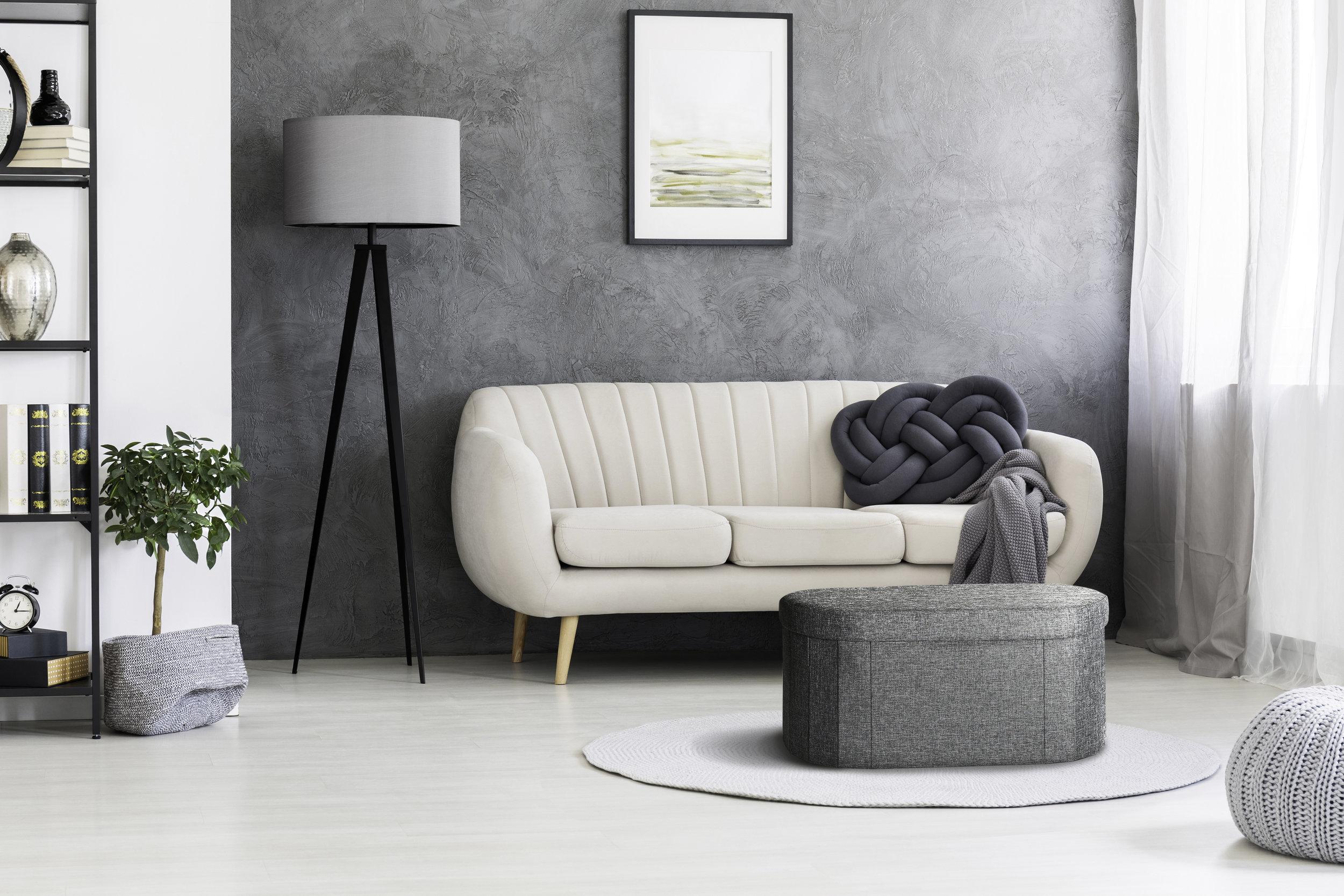 STR00890_ovalottoman_lifestyle_livingroom.jpg