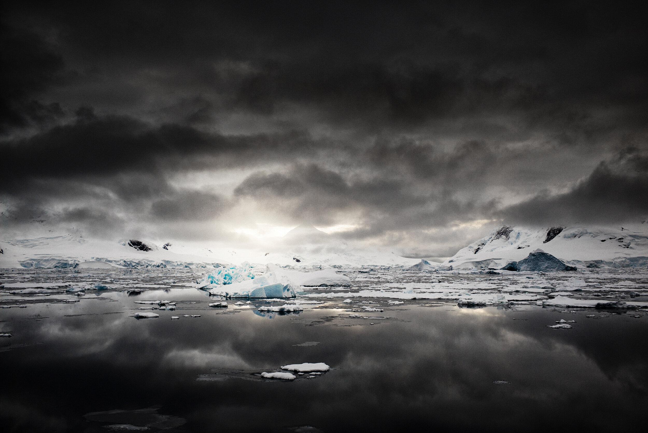 manuel_uebler_antarctica_twilight_011.jpg