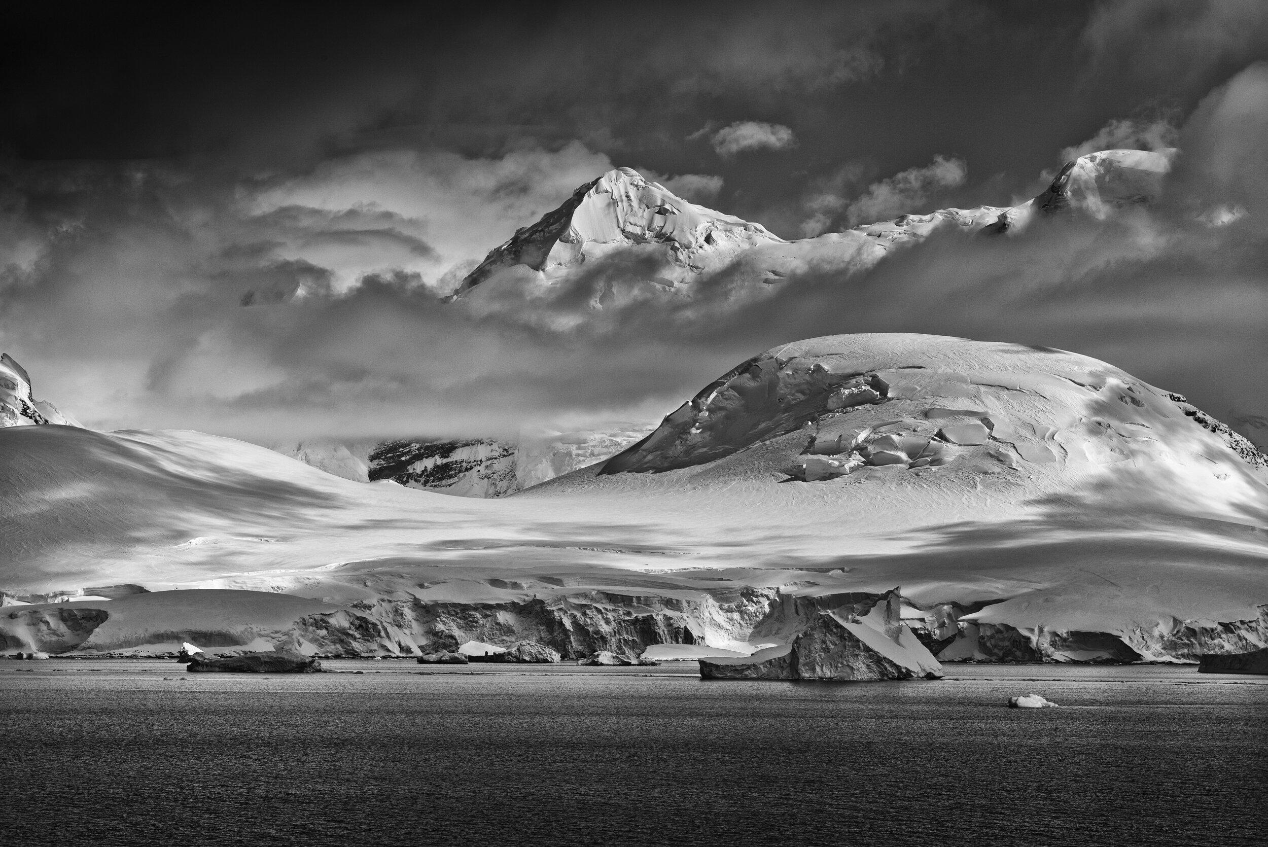 manuel_uebler_antarctica_bw_008.jpg