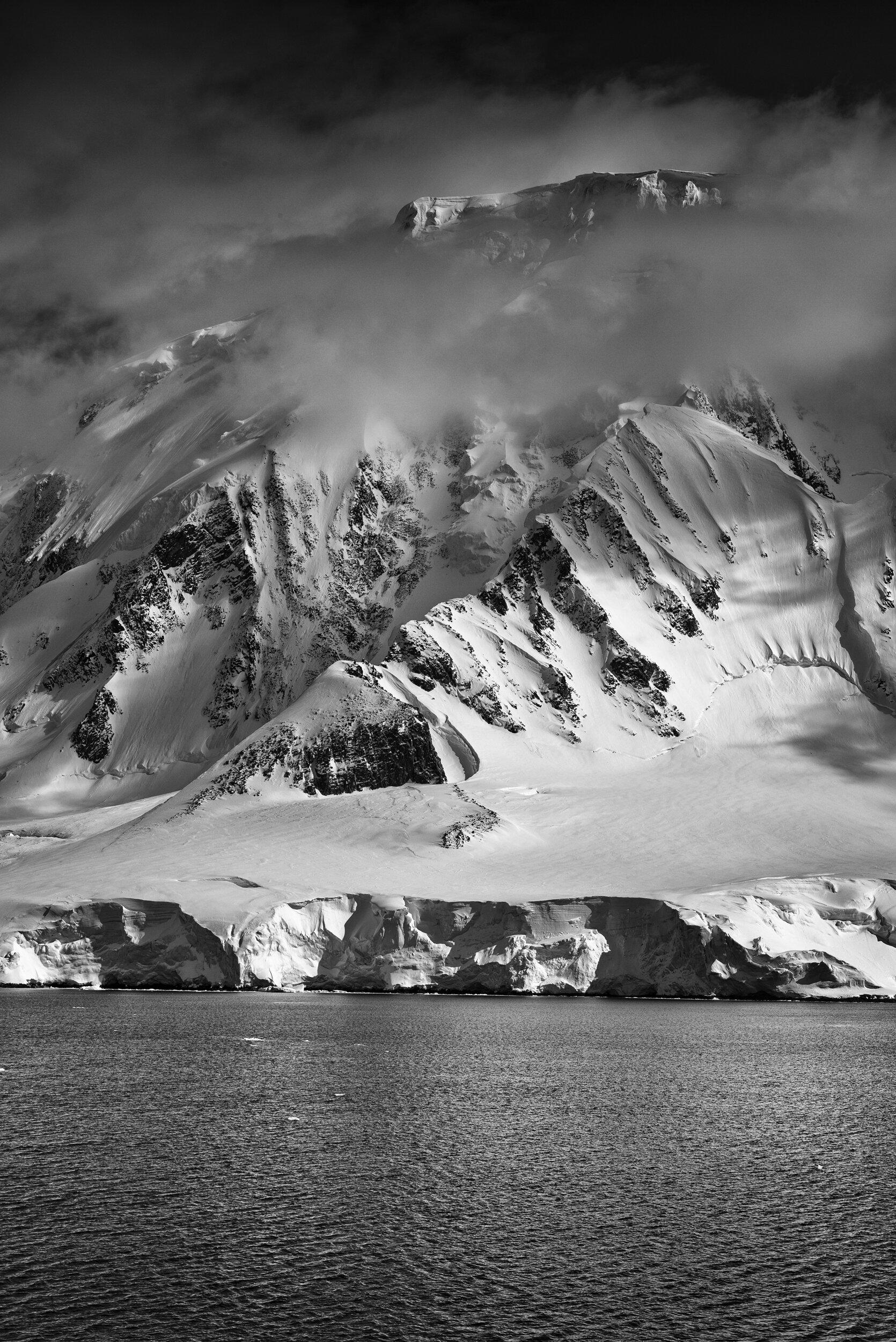 manuel_uebler_antarctica_bw_010.jpg