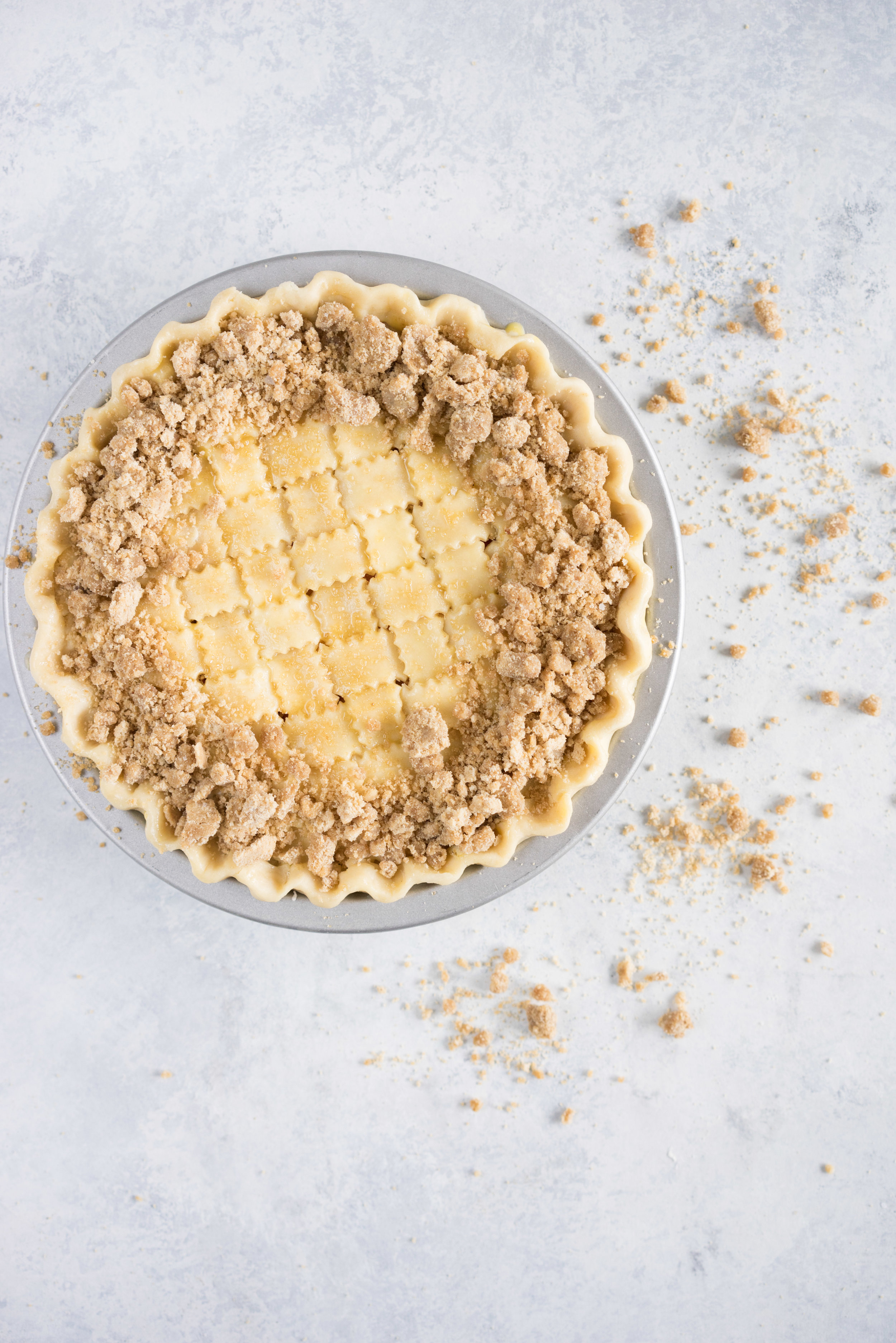 Strawberry and nectarine pie with a brown butter streusel