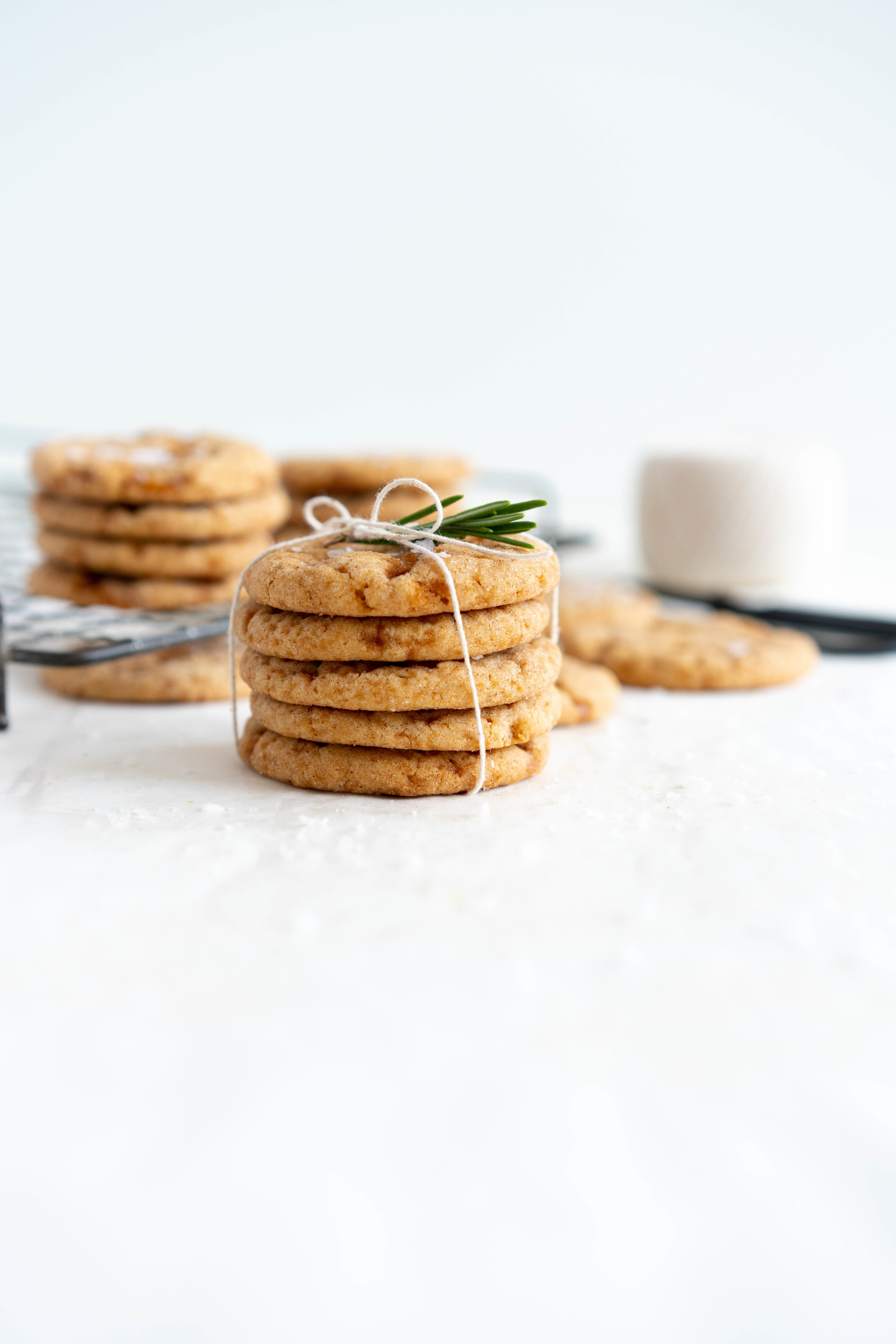Salted caramel snickerdoodles - hard caramel is ground up and mixed into the cookie dough, then chunks of caramel are folded through to form chewy pockets once the cookie has baked. The perfect crowd pleasing christmas cookie.