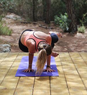 yoga-in-amazing-stunning-locations-ibiza.jpg