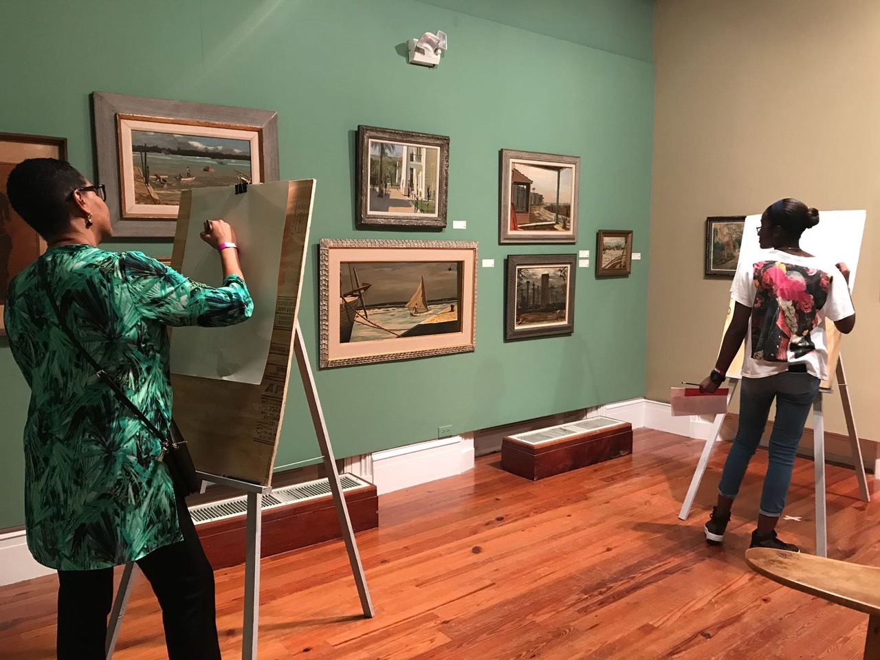 Mother and daughter drawing in the galleries. Image courtesy of the NAGB.