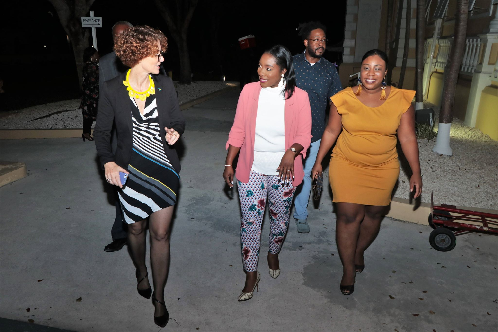 Executive Director of NAGB, Amanda Coulson with Minister of Culture Hon. Lanisha Rolle and Director of Culture, Rowena Poitier-Sutherland. Images courtesy BIS and Eric Rose.