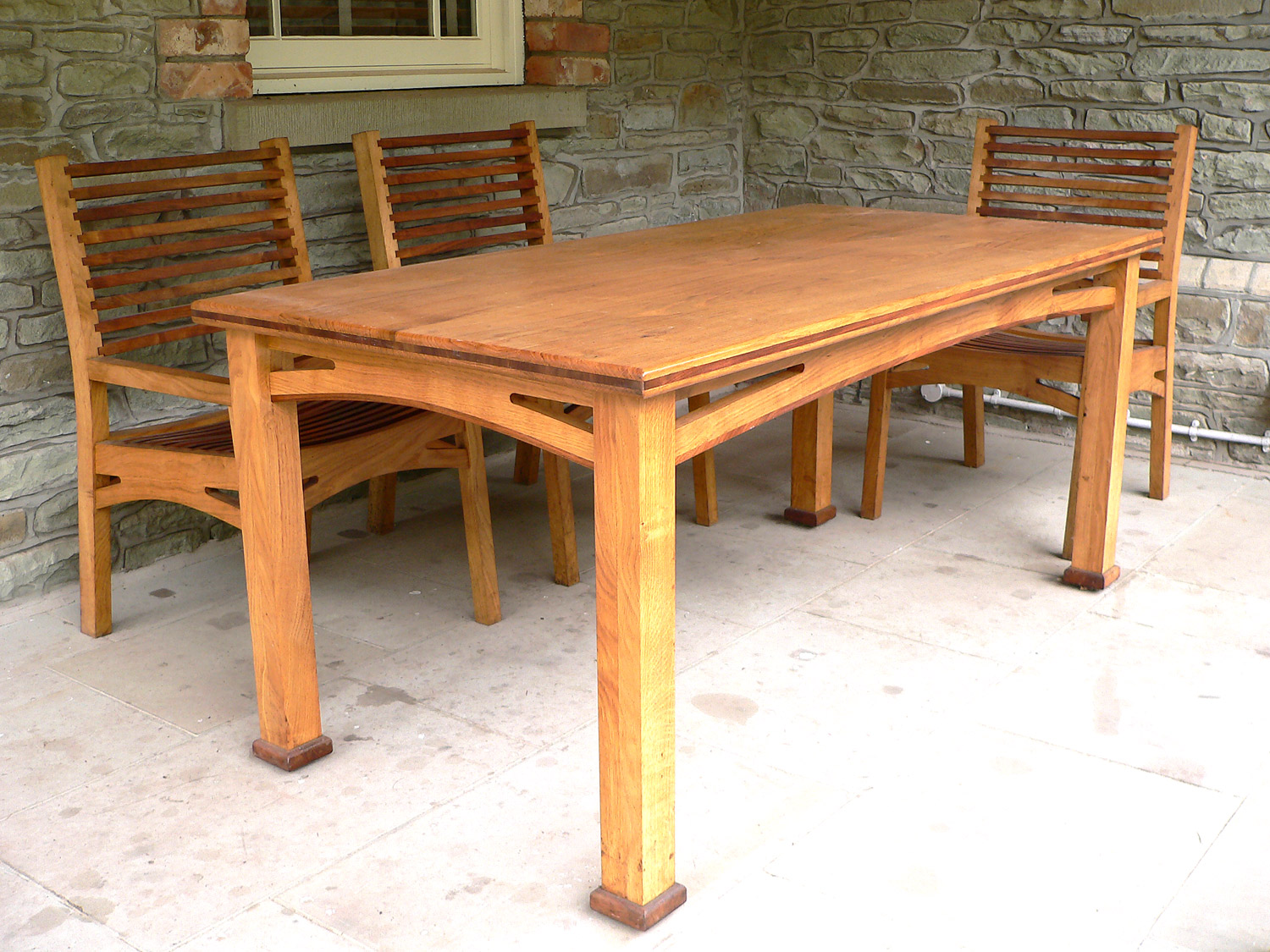 Cusop Dining Table & Chairs