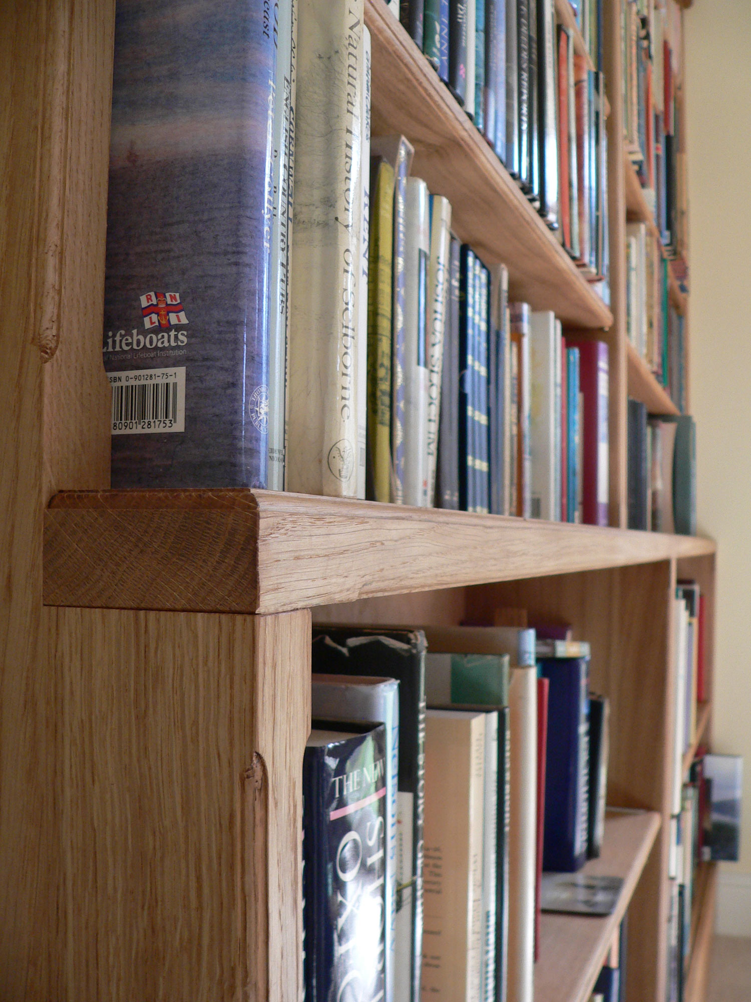 Hay on Wye Bookcase detail