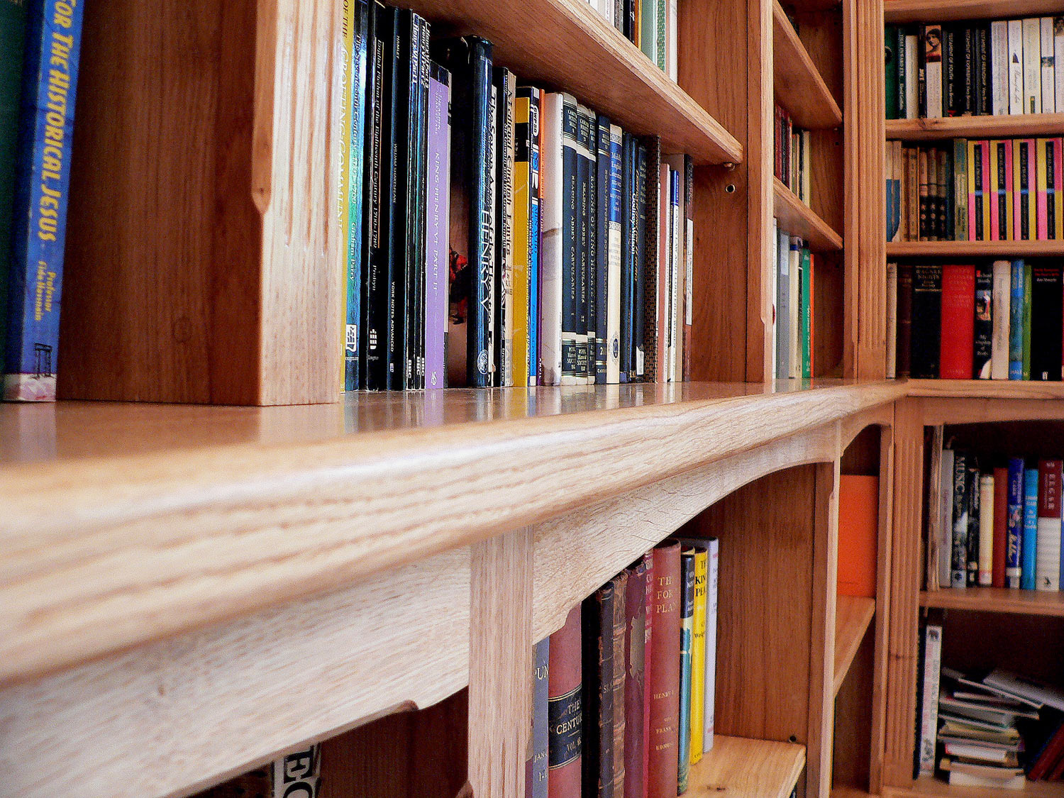 Hay on Wye Book Library Detail, Solid Oak