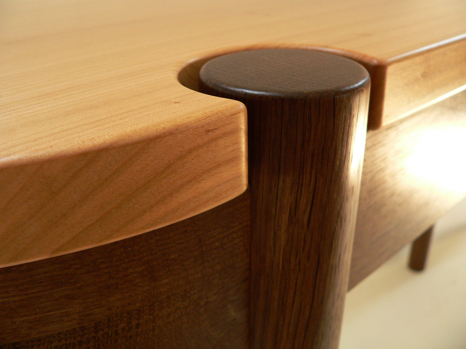Cheltenham Concentric Side / Console Table Detail Solid English Cherry and Fumed Oak
