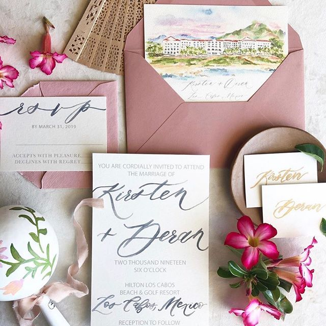 Take me back to Cabo!! In serious need of a vaca & a marg after this month! Who's with me?! ✌🏻💃🏻🍹#cabo #watercolorillistration #watercolorvenuepainting #watercolorinvitation #cabowedding #hiltonloscabos  iPhone Pic: @gritandgoldeventco. Seriously can't wait to see the gallery from this wedding!!