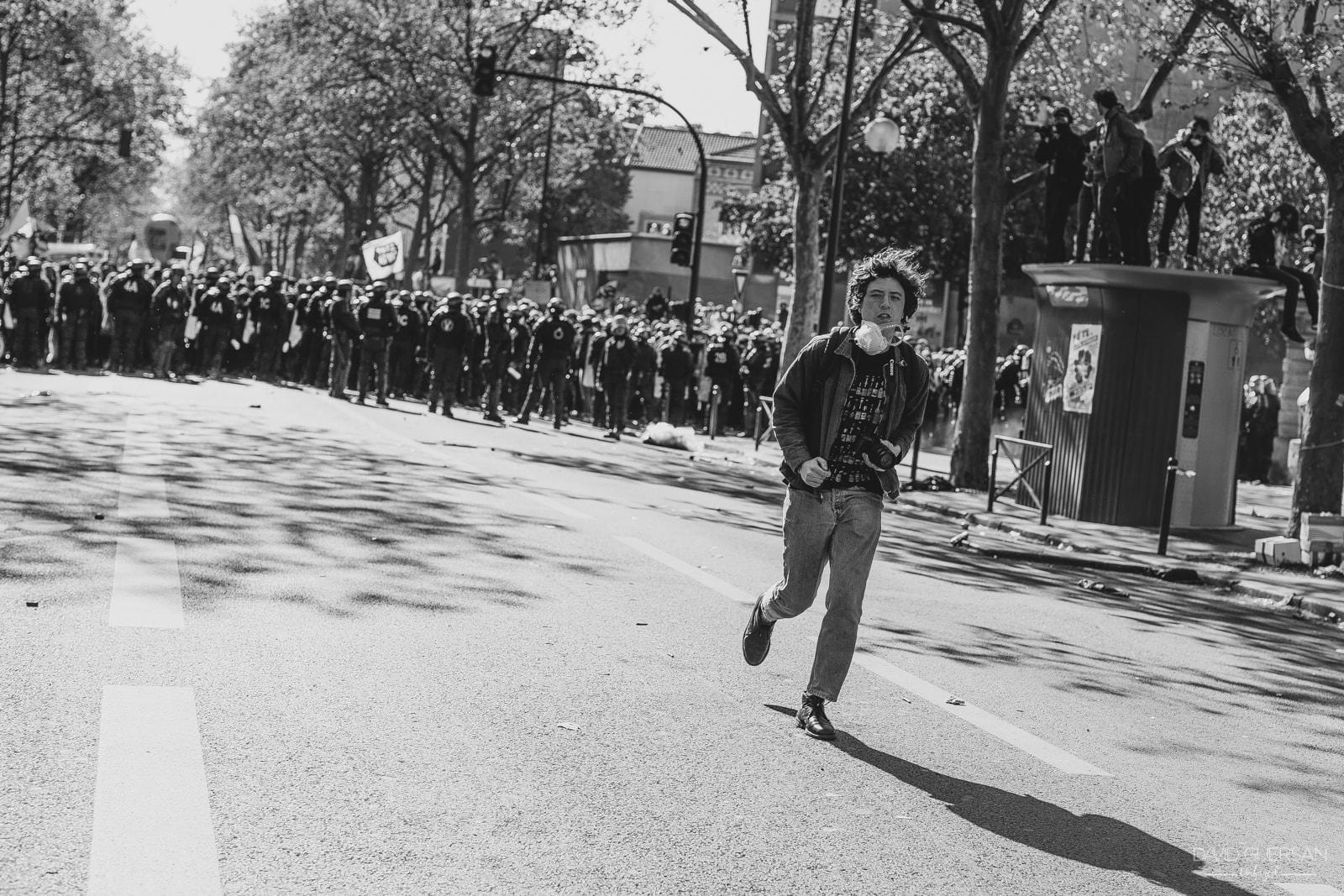 VX5A0443- Paris Manifestation 1er Mai 2016 -David Guersan-min.jpg
