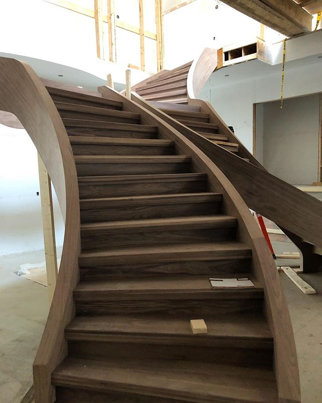 Our current favourite project! ❤️#stairsbymillennium  #stairs #ajax #homeimprovement #homesweethome #custom #builtforyou #homestyle #interiordesign #home #designlife #stairsofinstagram #architecture #architecturedaily #architectural #designedbyyou #customstairs #customstairsandrailings #customstaircase