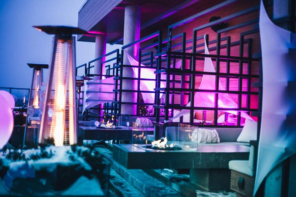 AndazIce Bar.jpg