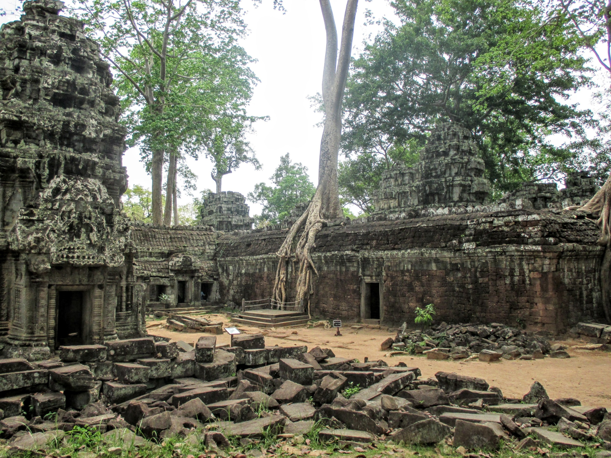 Siem Reap - 42 of 127.jpg