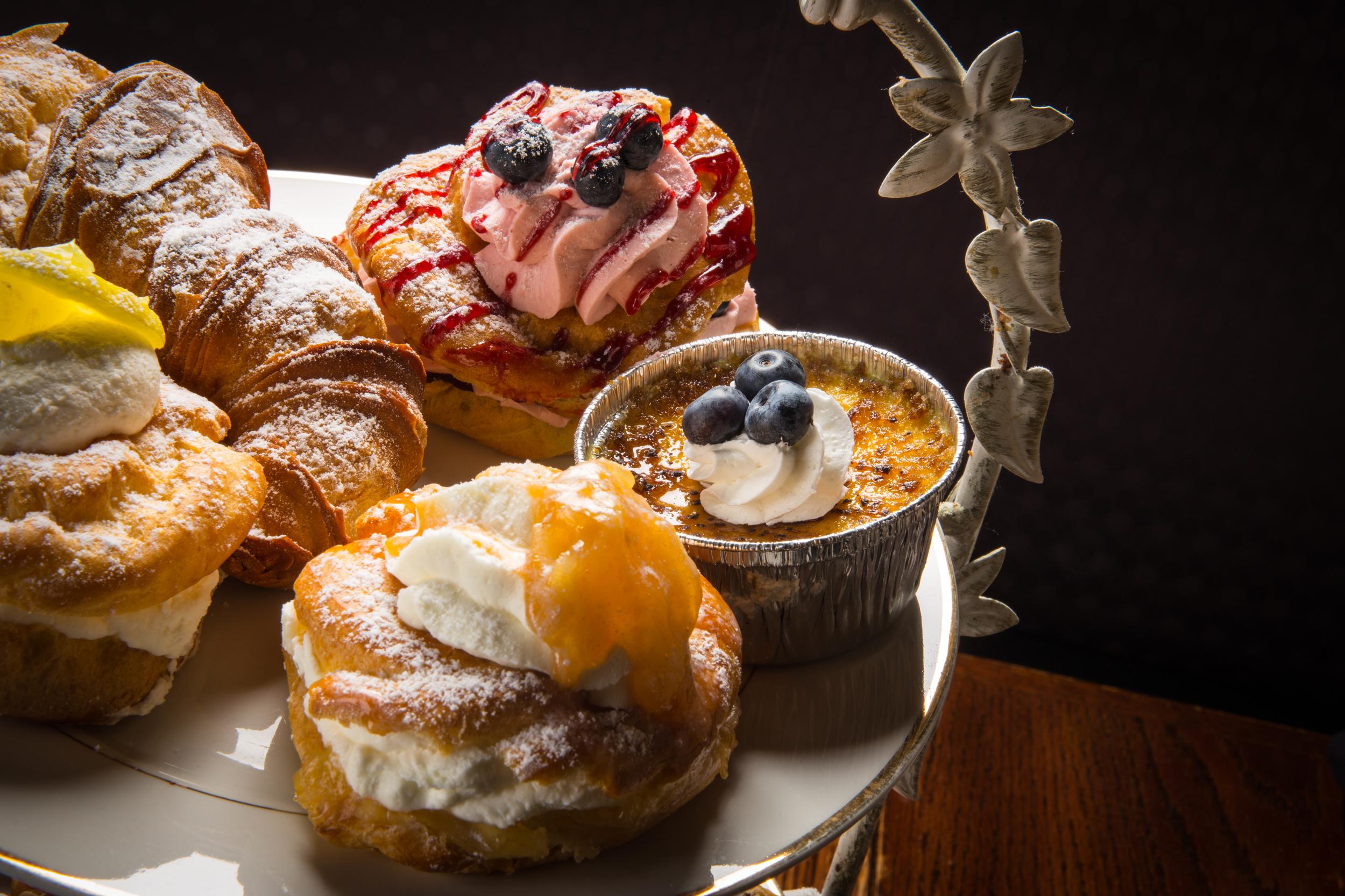 Cafe Canole Desserts