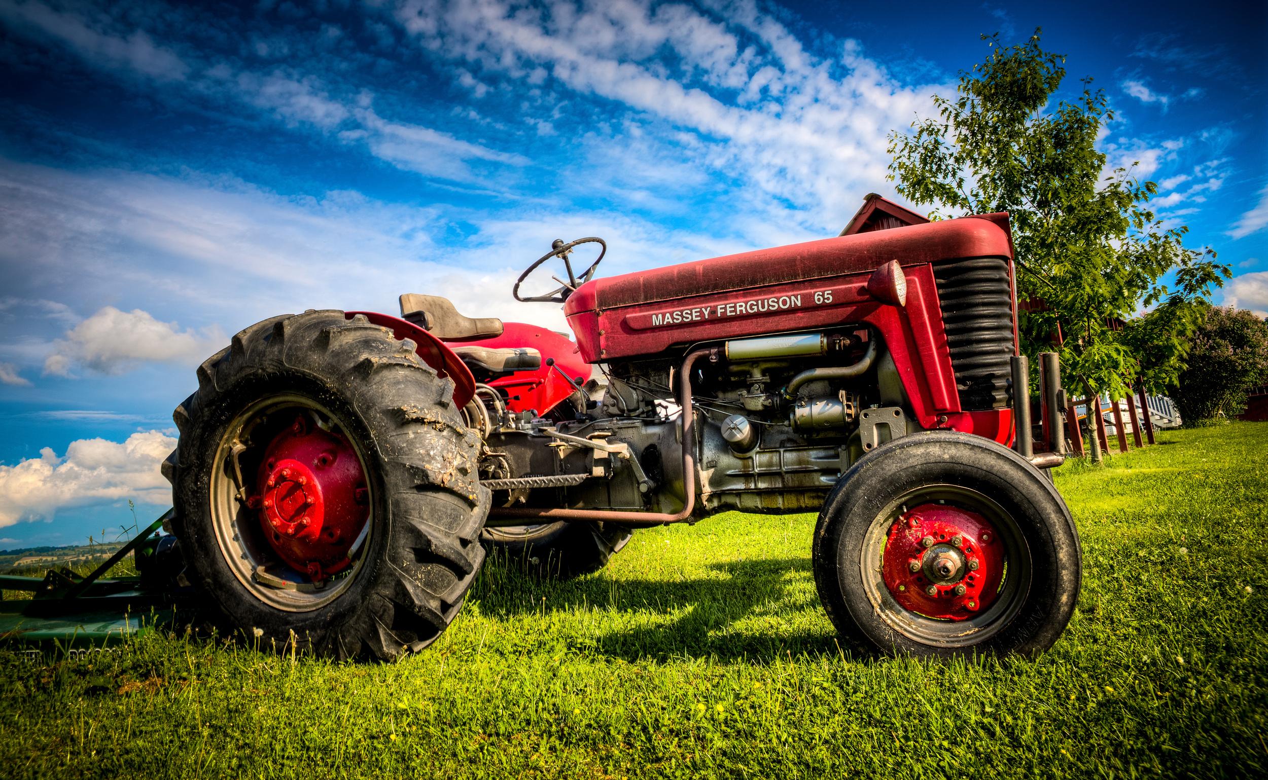 Tractor Westmoreland NY