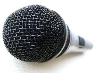 microphone-1527765.jpg