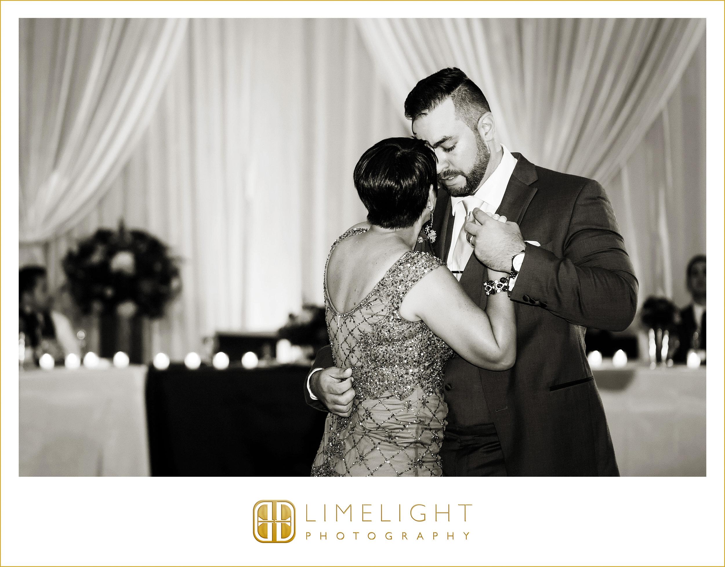 Mother & Groom | Dance | Wedding