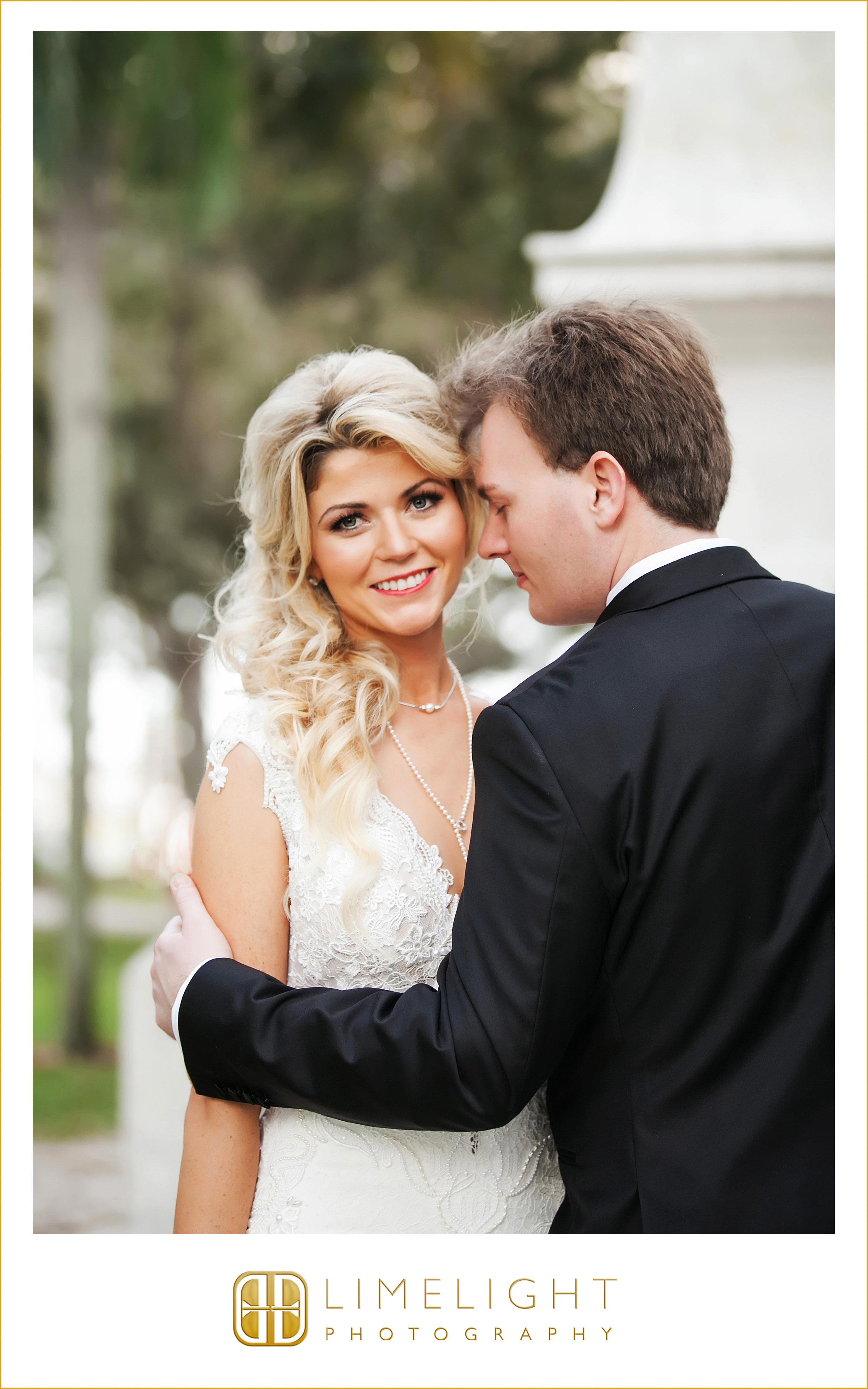 Portraits | Mr. & Mrs. | Wedding
