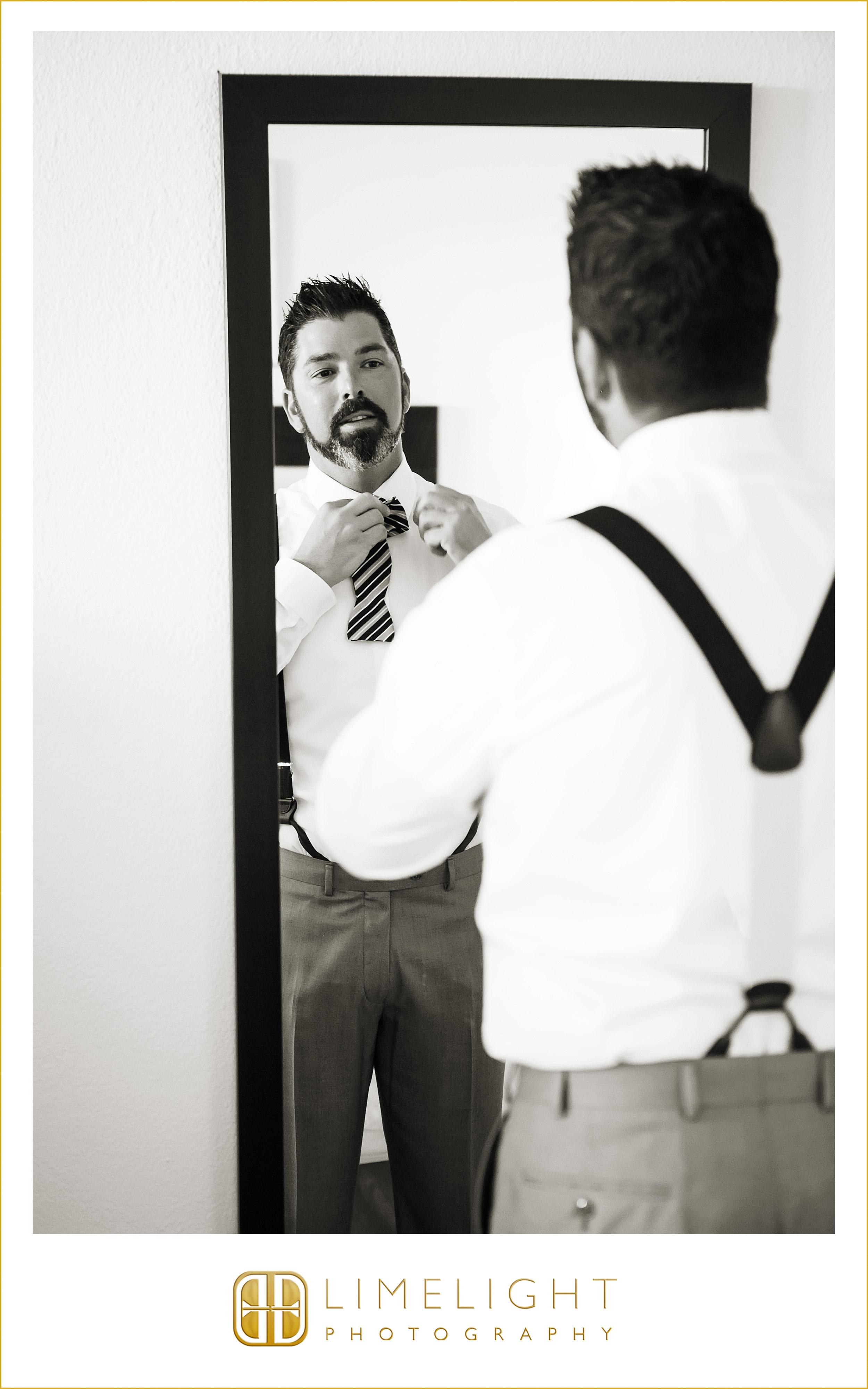Mirror | Groom | Wedding