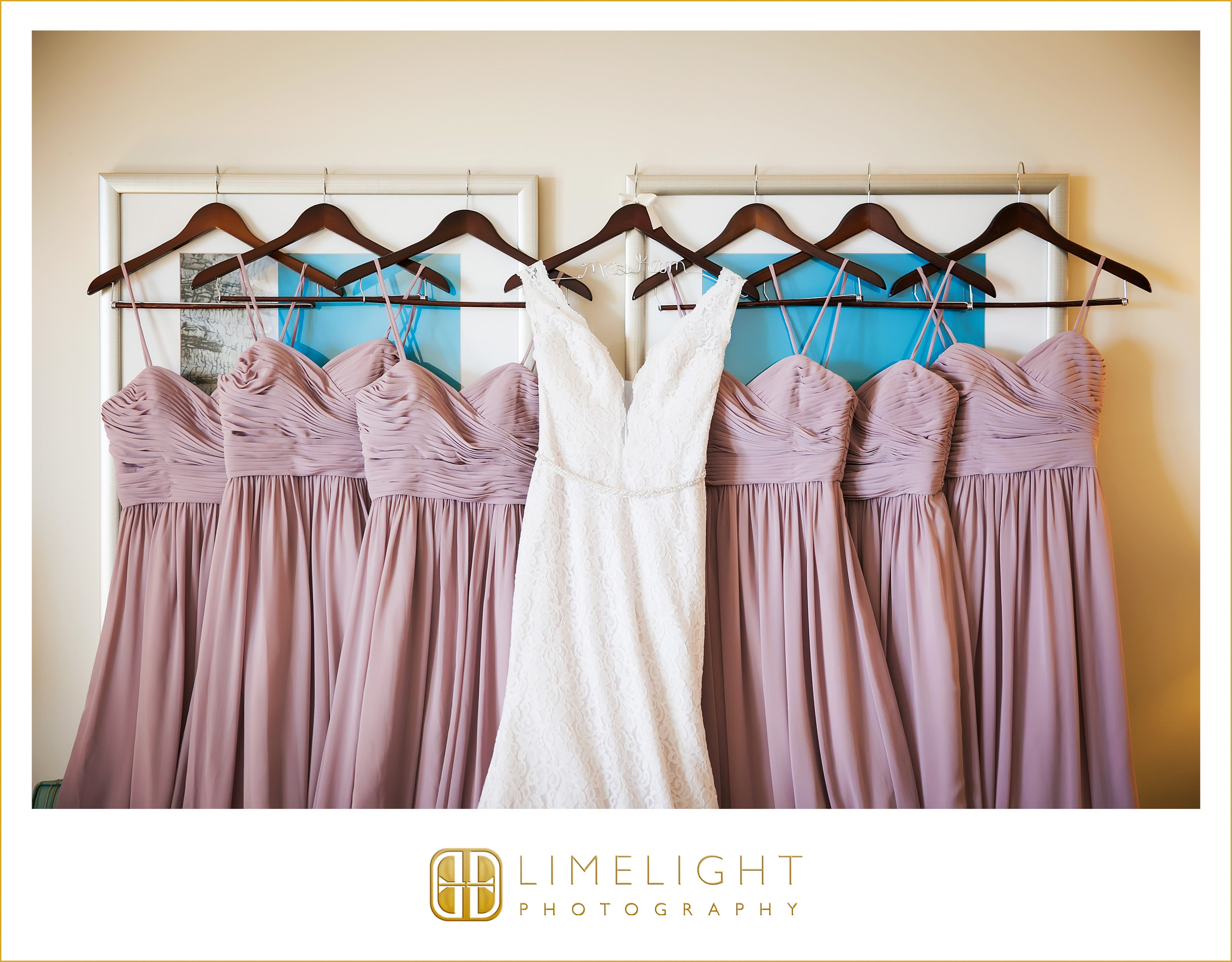 Bridesmaids | Bride | Dress | Wedding