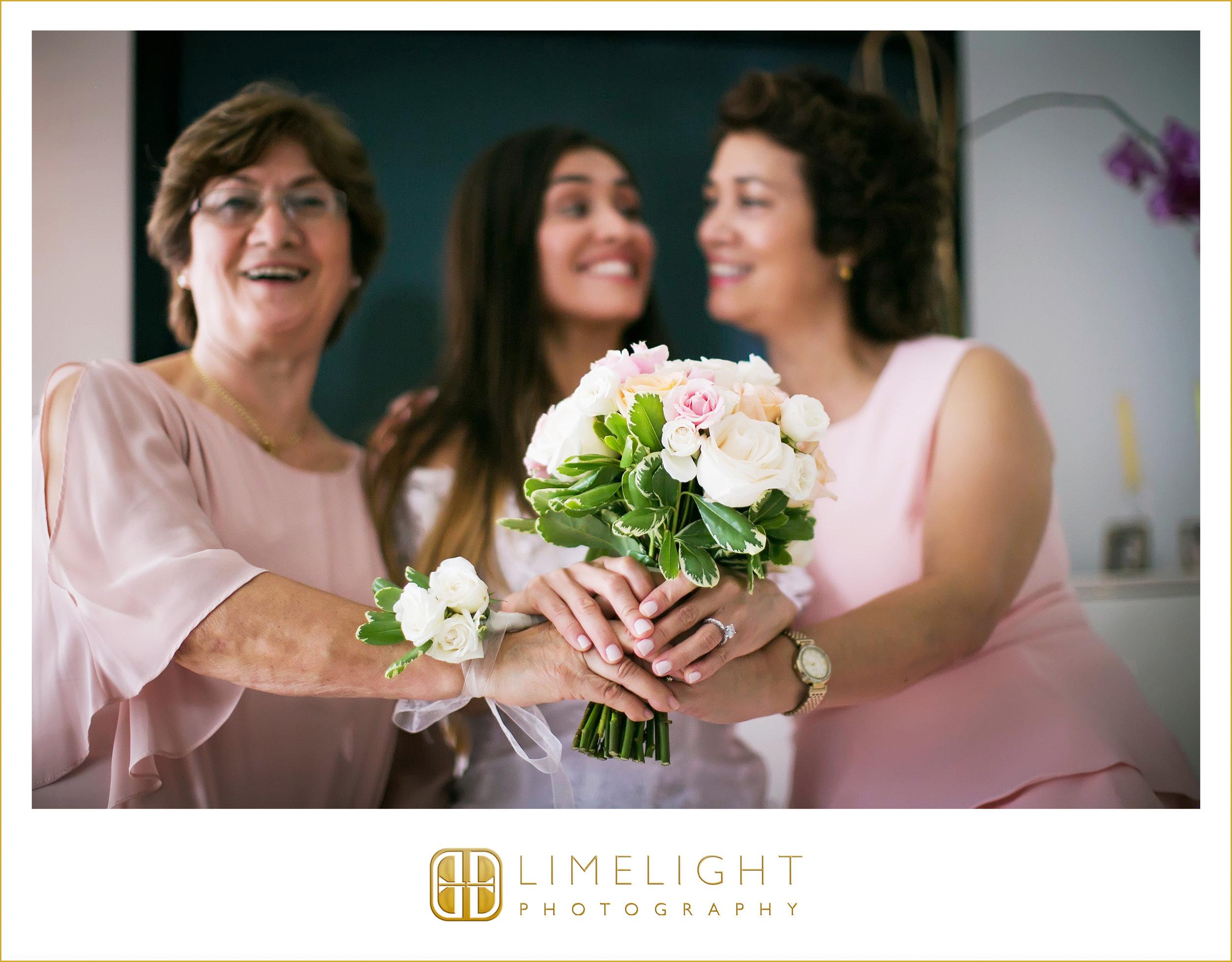 Bride | Flowers | Wedding