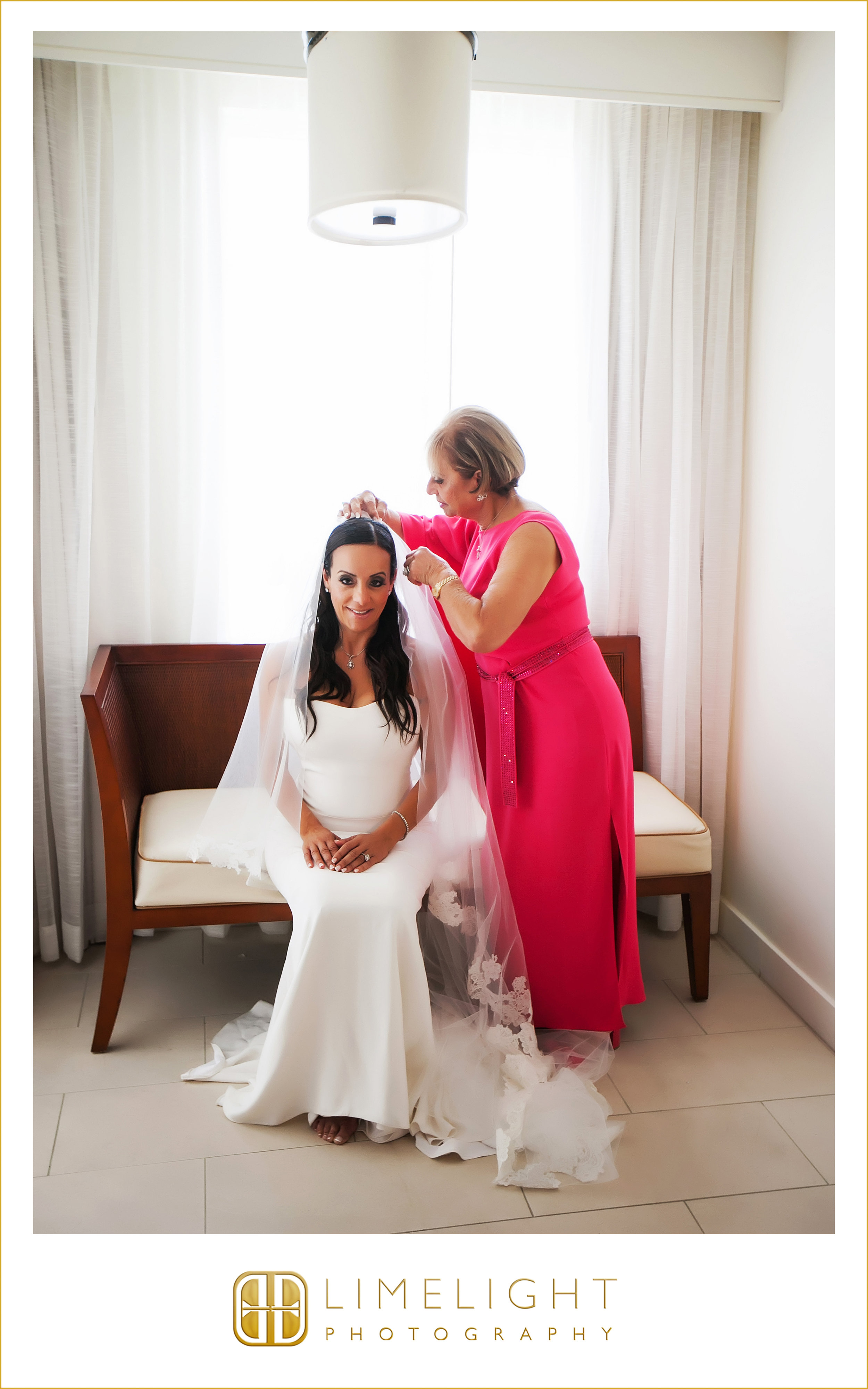 Bride | Getting Ready | Wedding