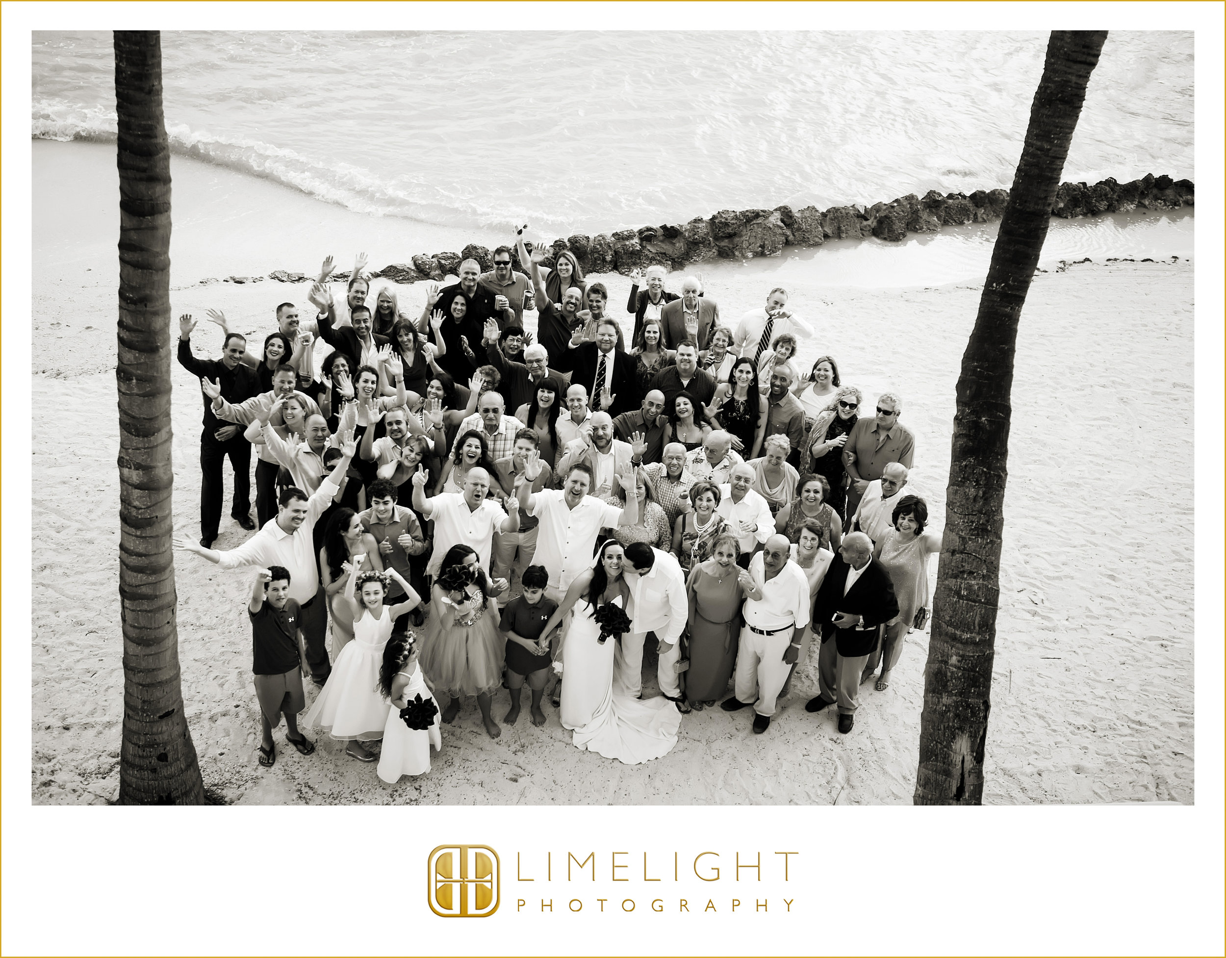 Group Shot | Black & White | Wedding