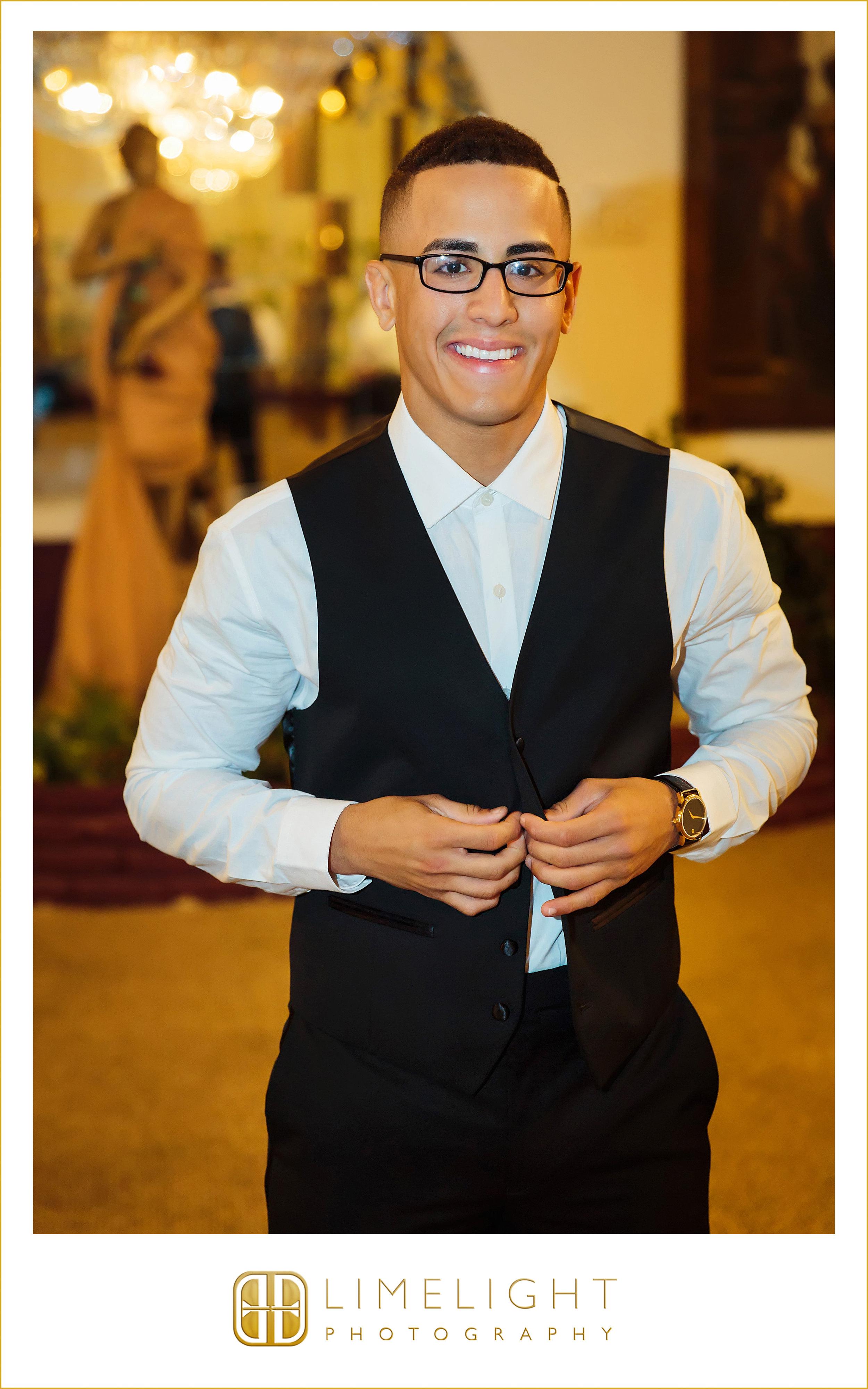 Groom | Getting Ready | Wedding