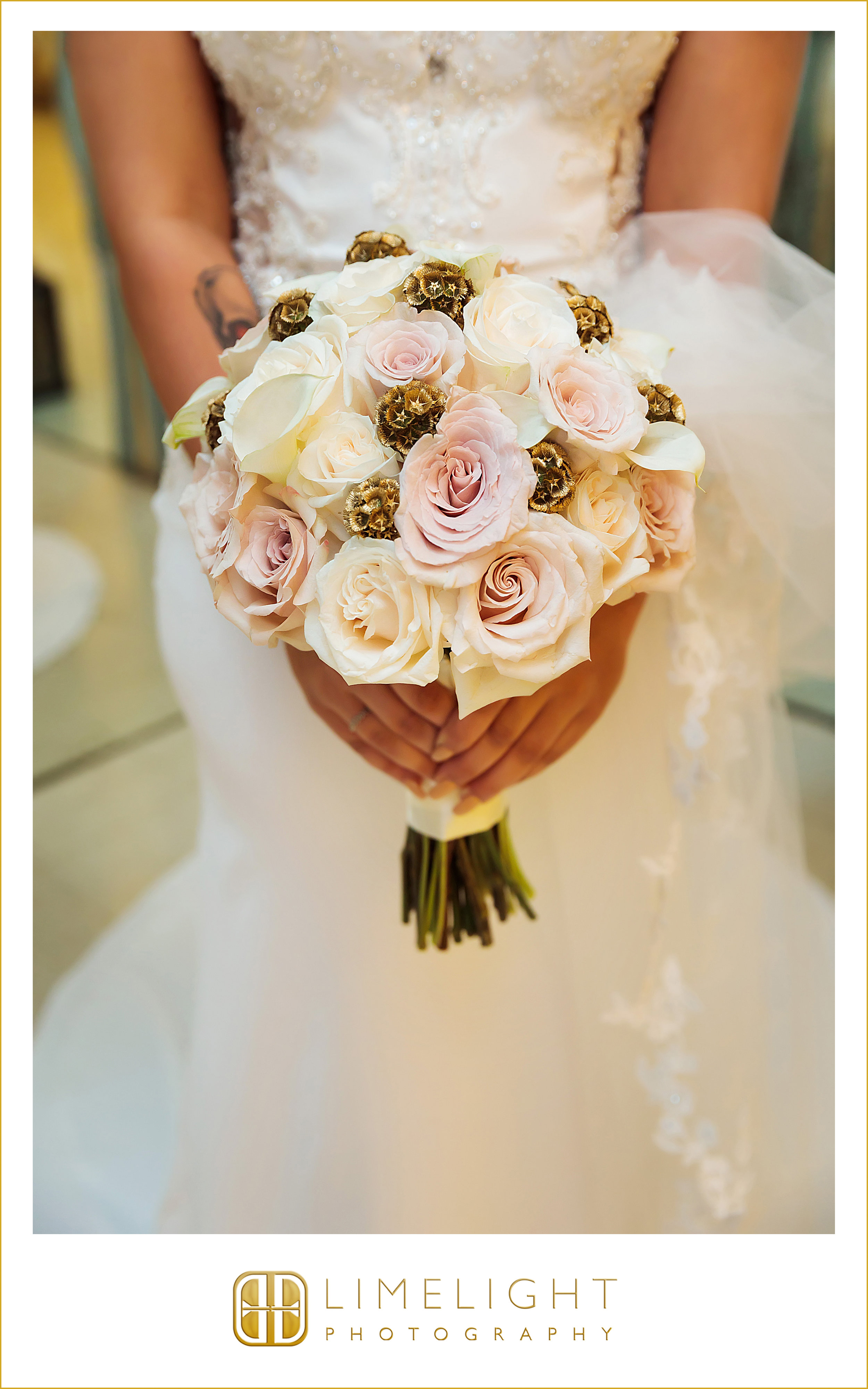 Flowers | Bride | Wedding