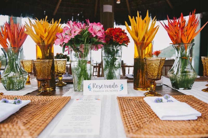 mesa-reservada-casamento-na-praia-Foto-Viviane-Ricardo.jpg