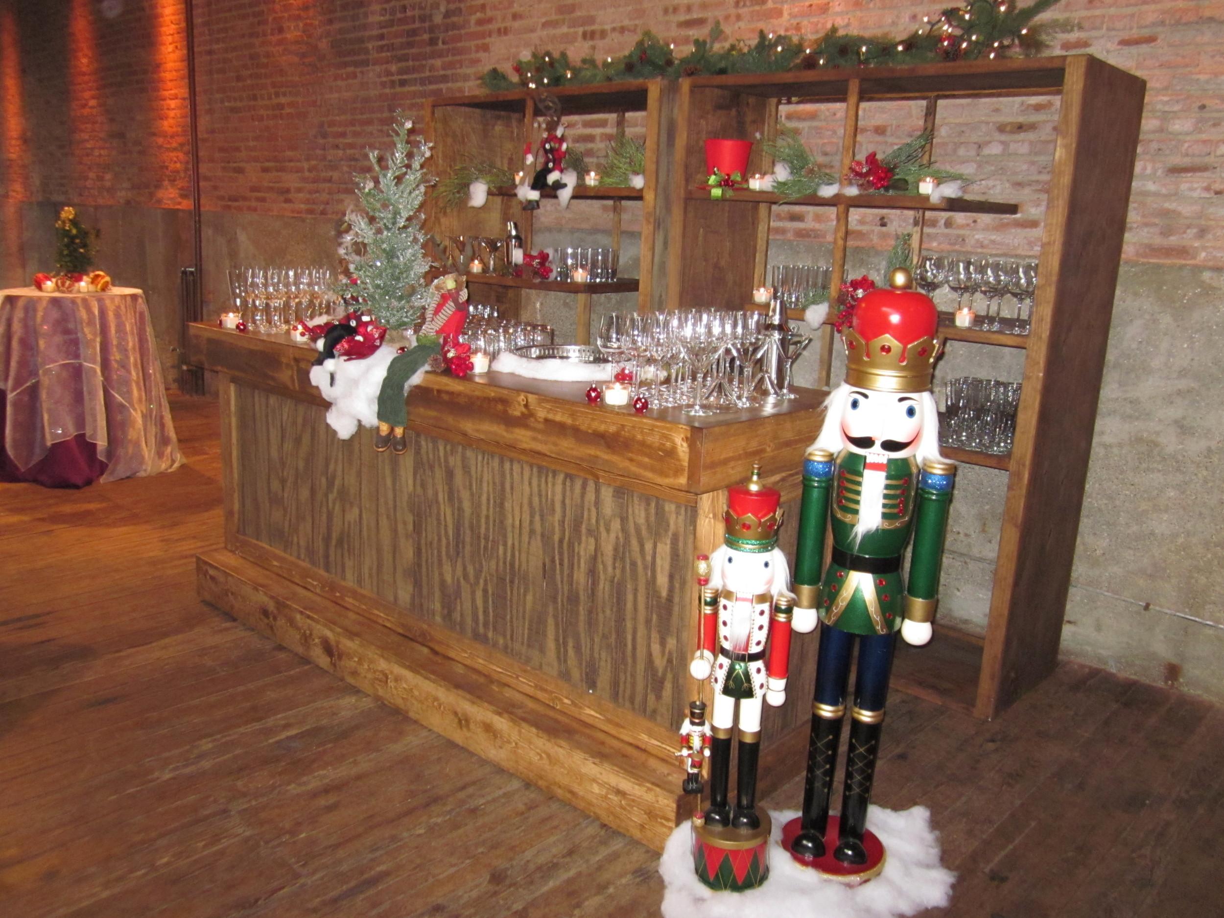 G1028.Holiday.Bar.2.jpg